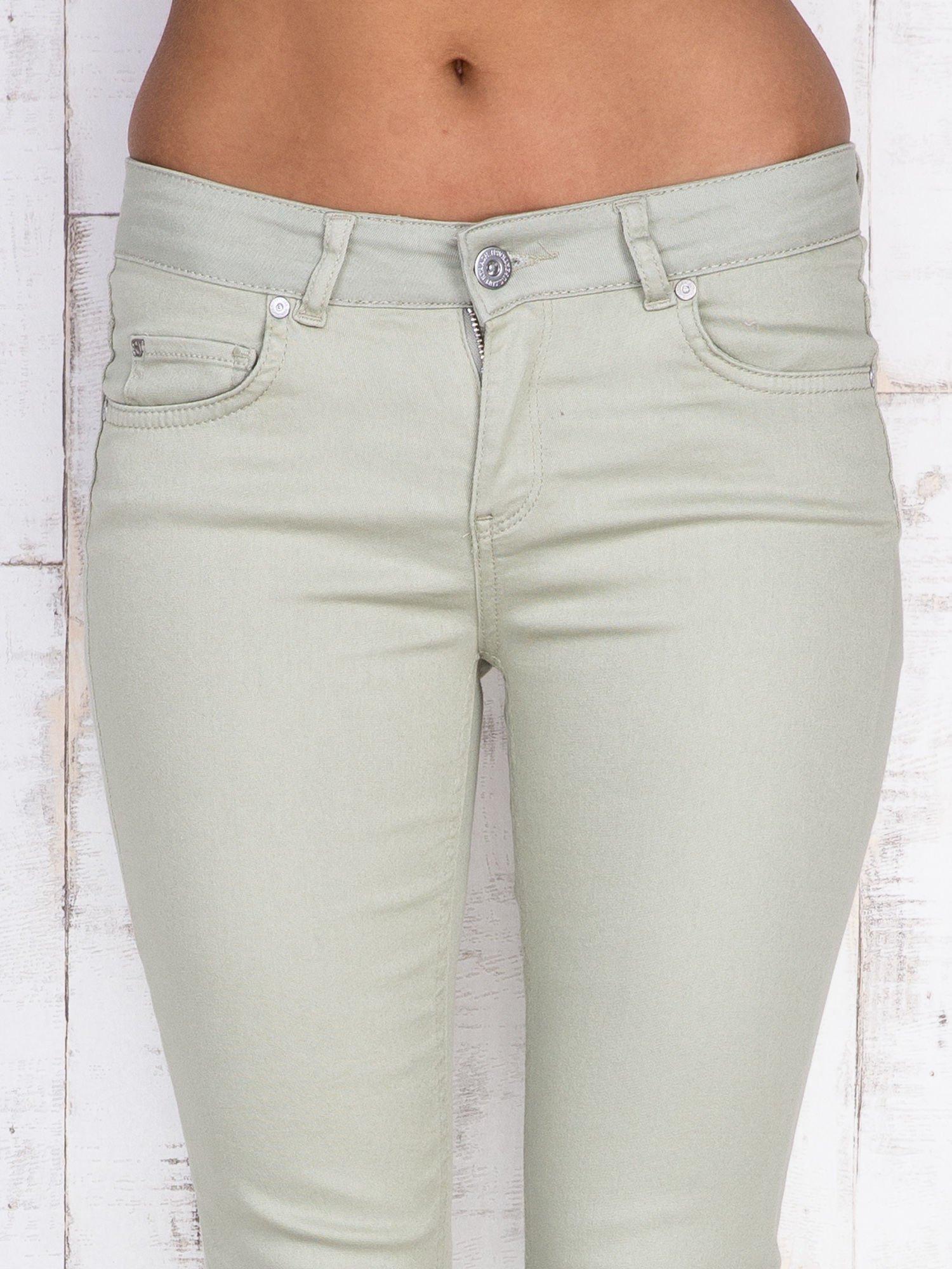 Beżowe proste spodnie skinny                                  zdj.                                  5