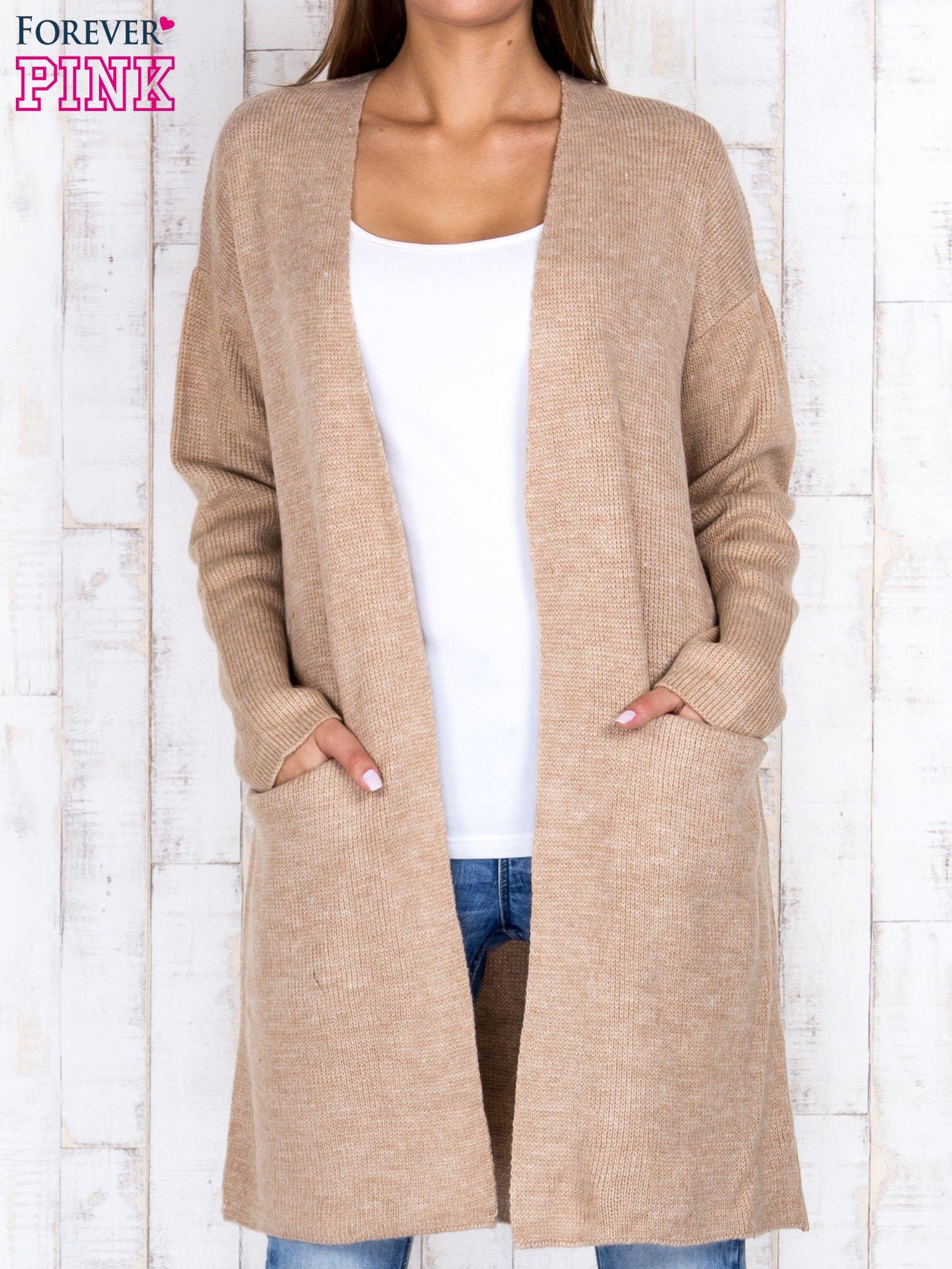 Beżowy otwarty sweter z kieszeniami z przodu                                  zdj.                                  1