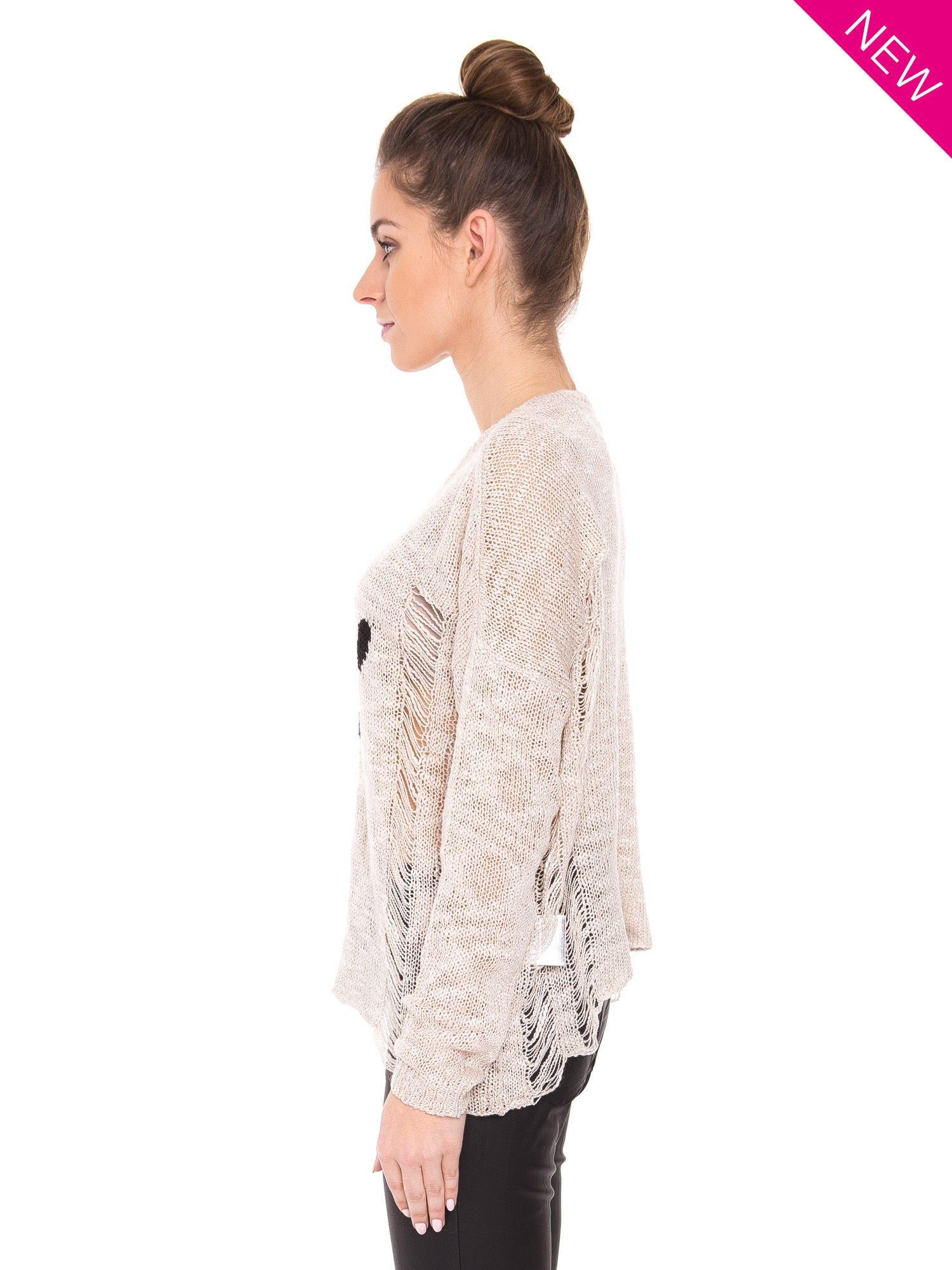 Beżowy sweter ze zwierzęcym nadrukiem i efektem destroyed                                  zdj.                                  4