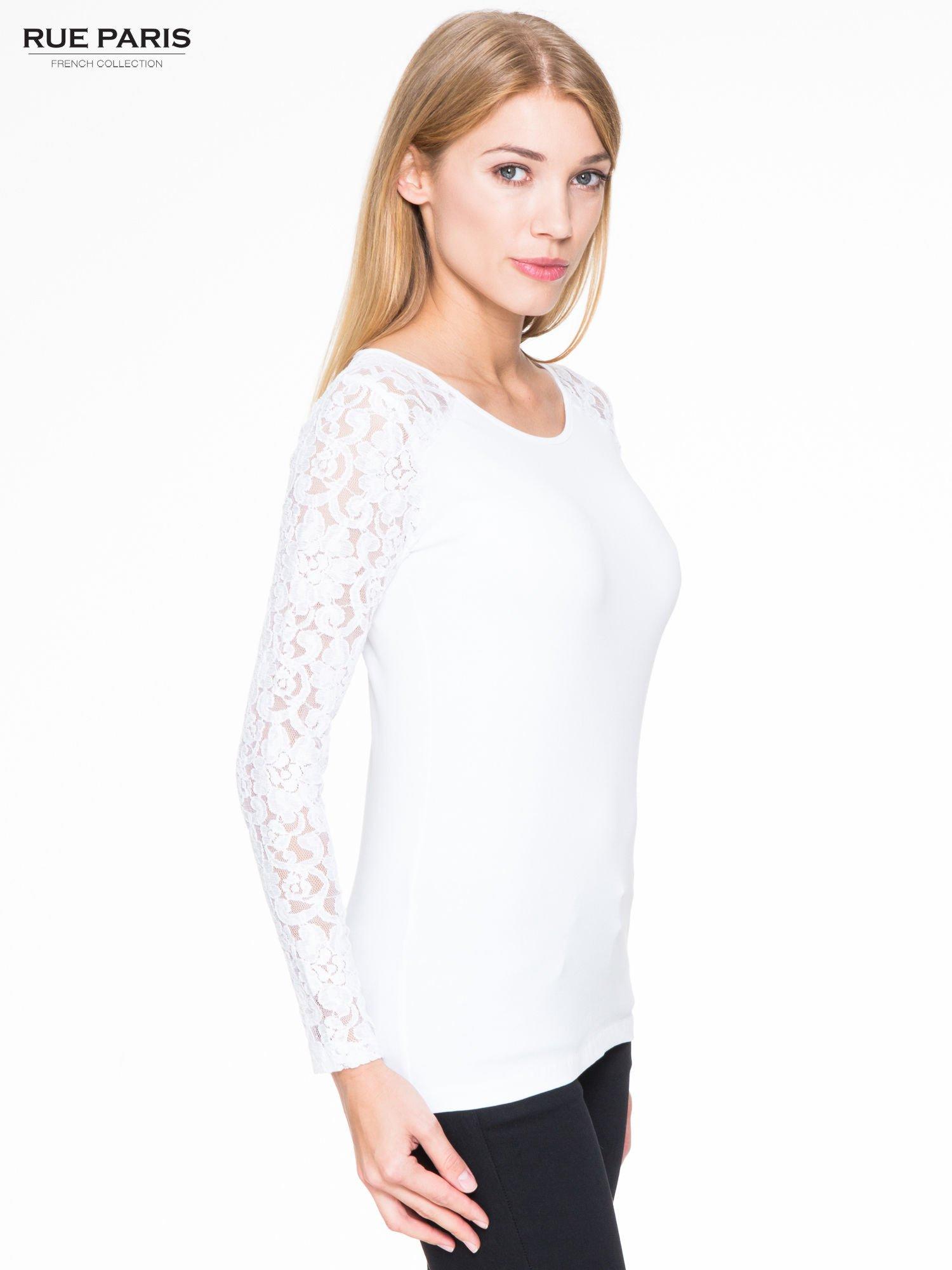 Biała bluzka z koronkowymi rękawami                                  zdj.                                  3