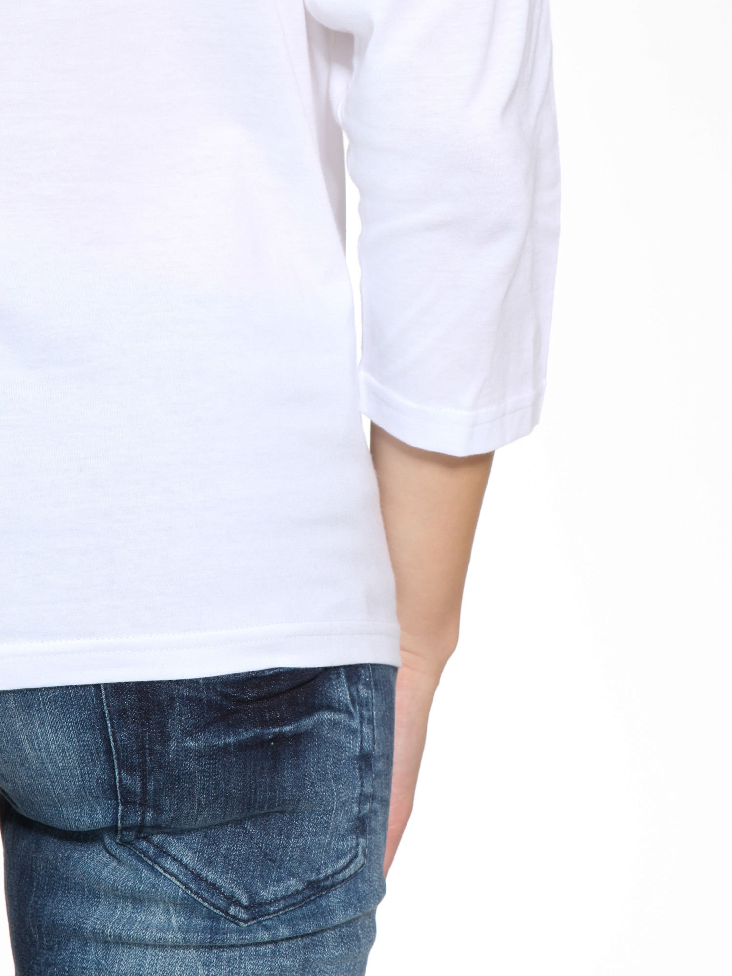 Biała bluzka z marszczonym dekoltem i rękawkami 3/4                                  zdj.                                  10