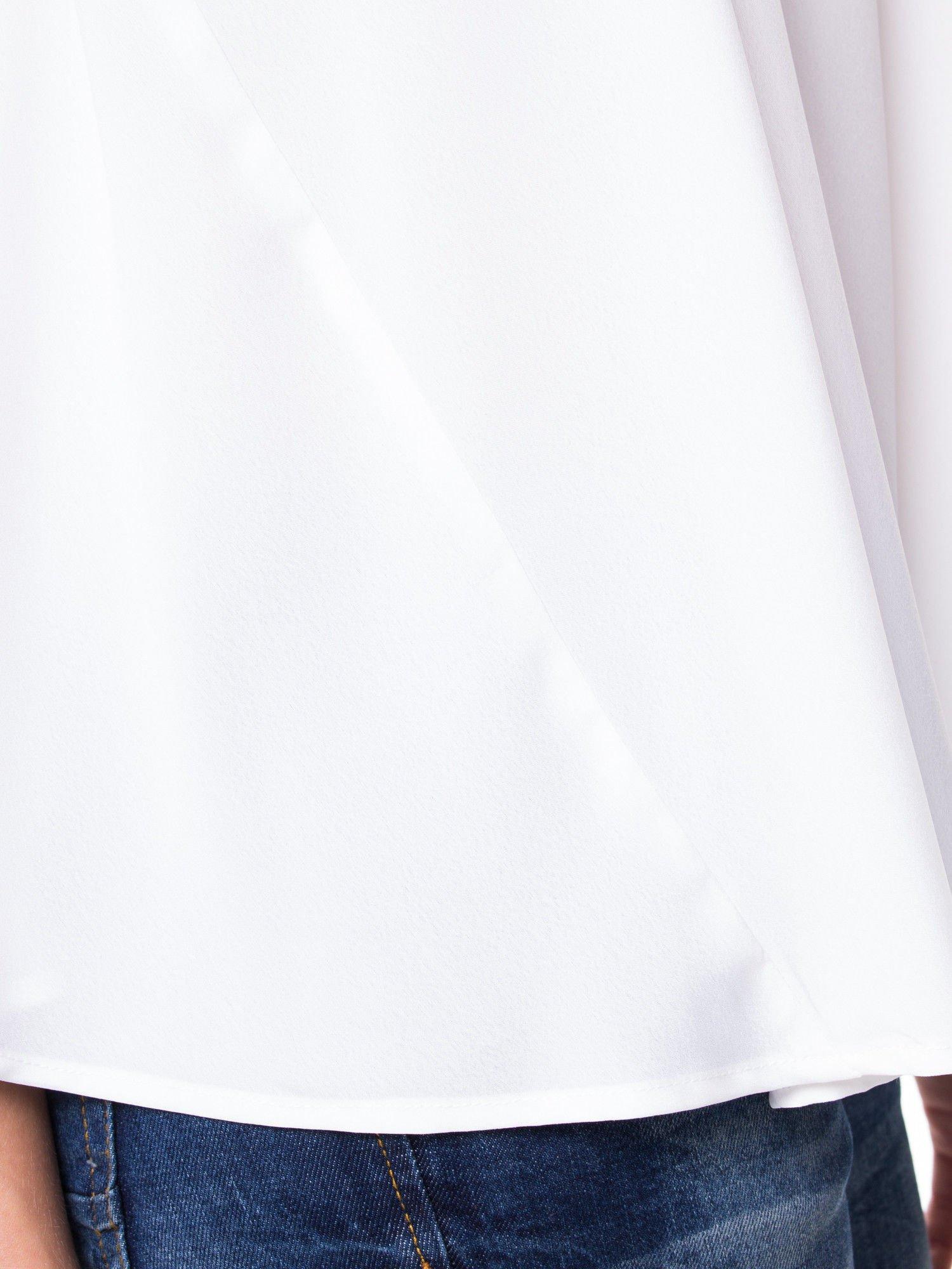 Biała koszula dzwonek z wydłużanym tyłem                                  zdj.                                  7