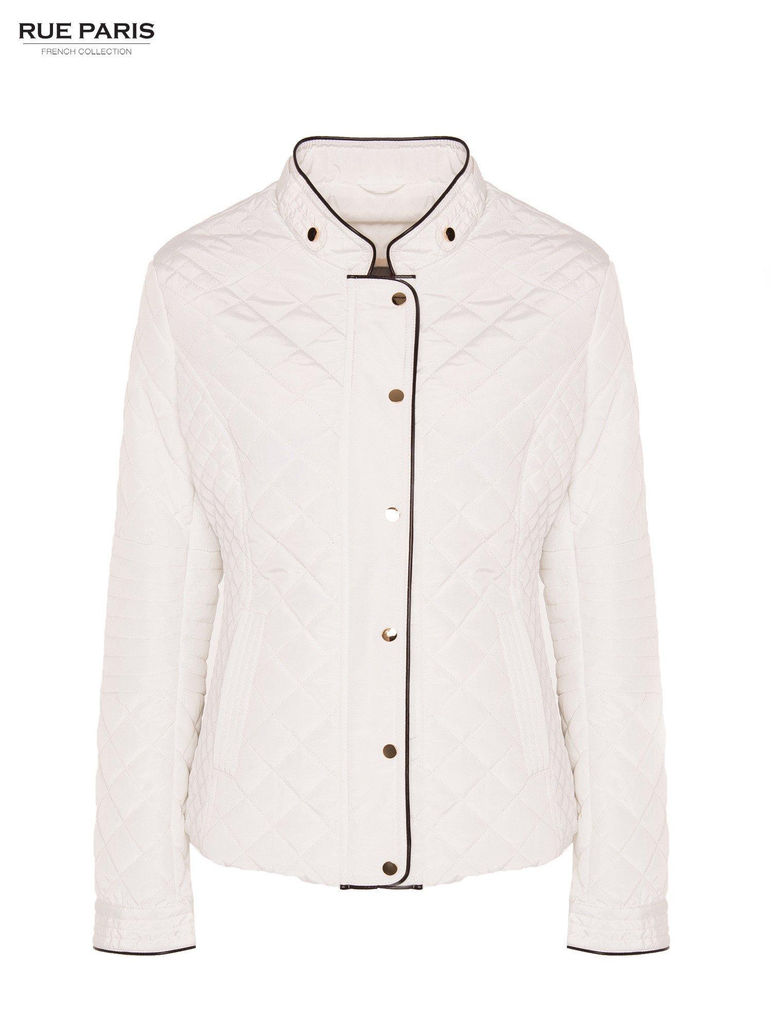 Biała pikowana kurtka ze skórzaną lamówką                                  zdj.                                  5