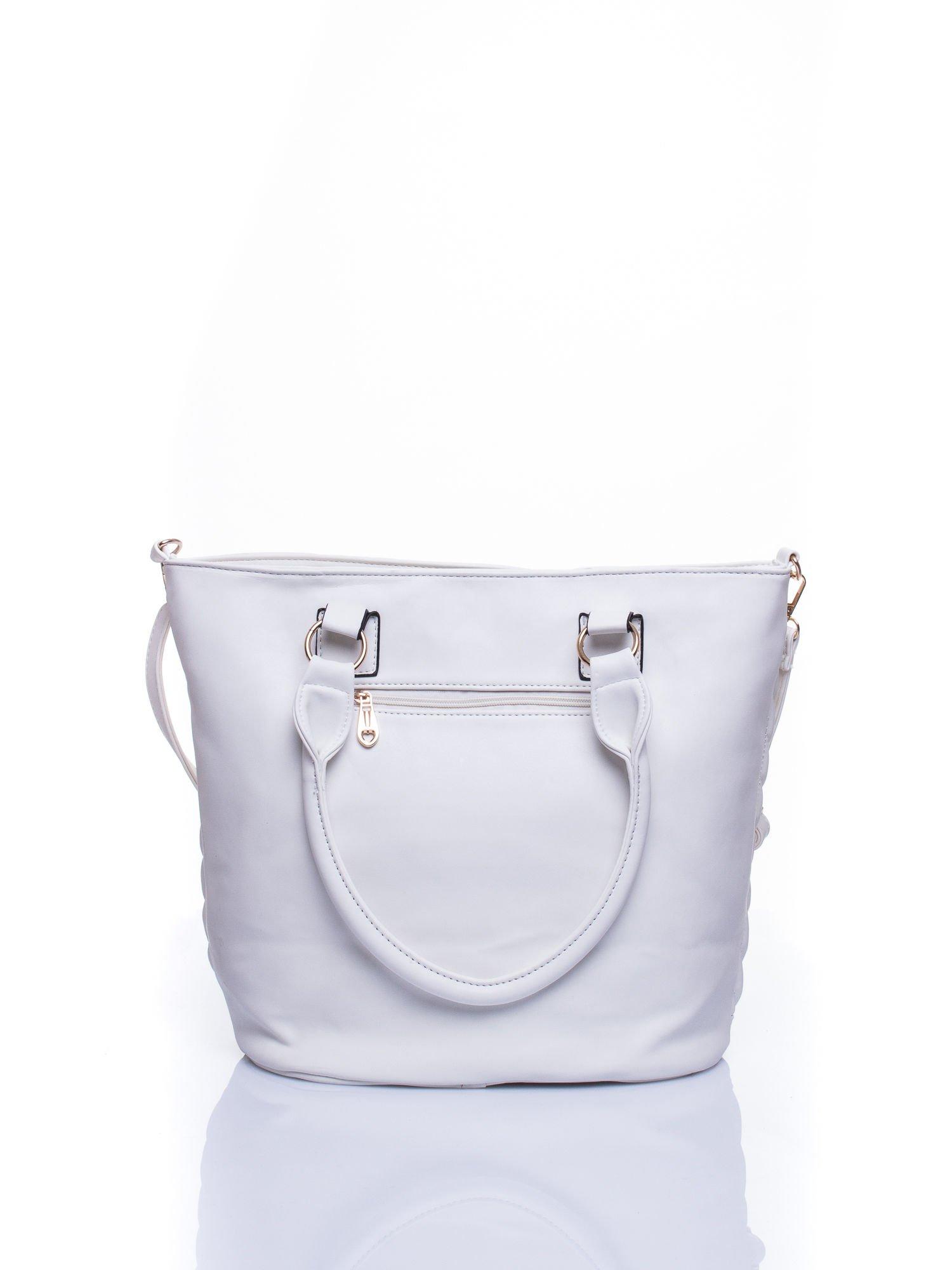 Biała pikowana torba na ramię                                  zdj.                                  3