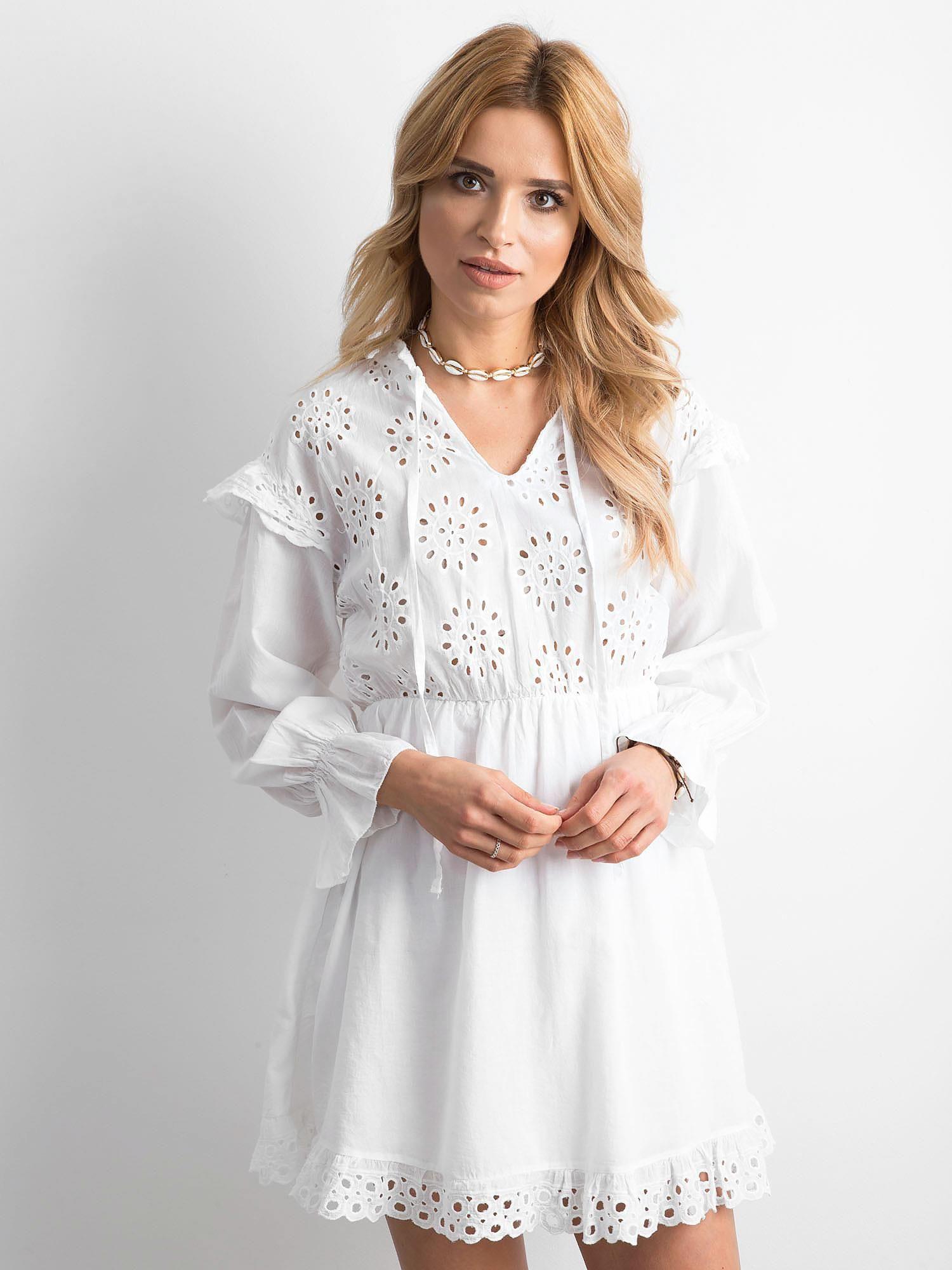 093aa607ab6 Biała sukienka boho z falbanami - Sukienka one size - sklep eButik.pl