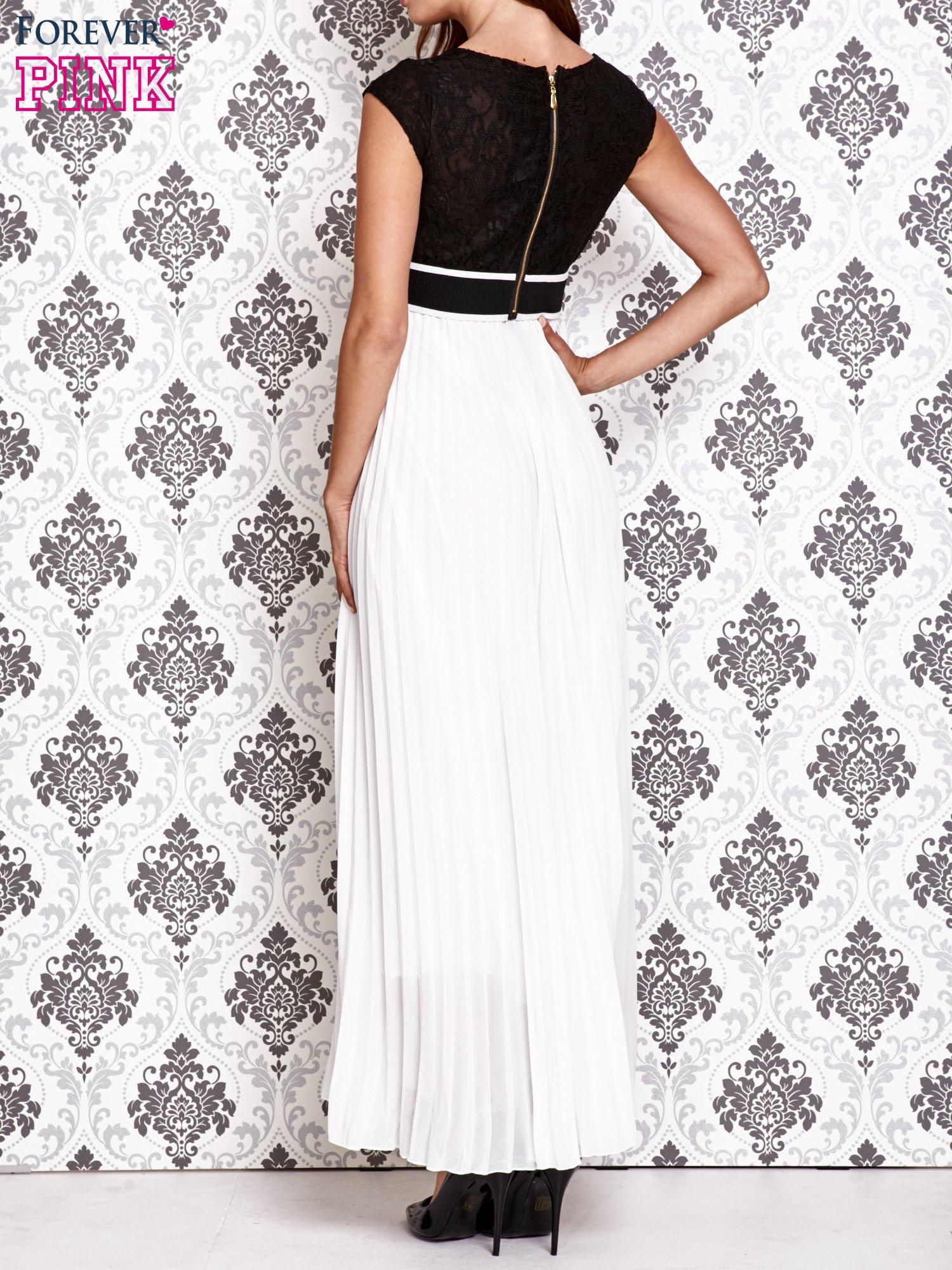 Biała sukienka maxi z koronkową górą i klamrą                                  zdj.                                  2