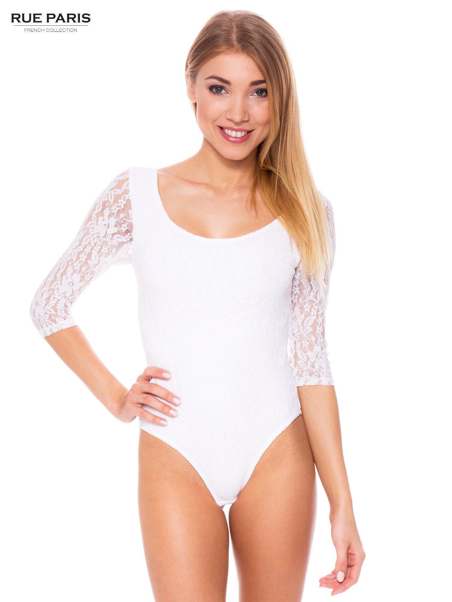 e0b8cd1396df89 Białe body damskie z koronkowym tyłem i rękawami - Bluzka body ...