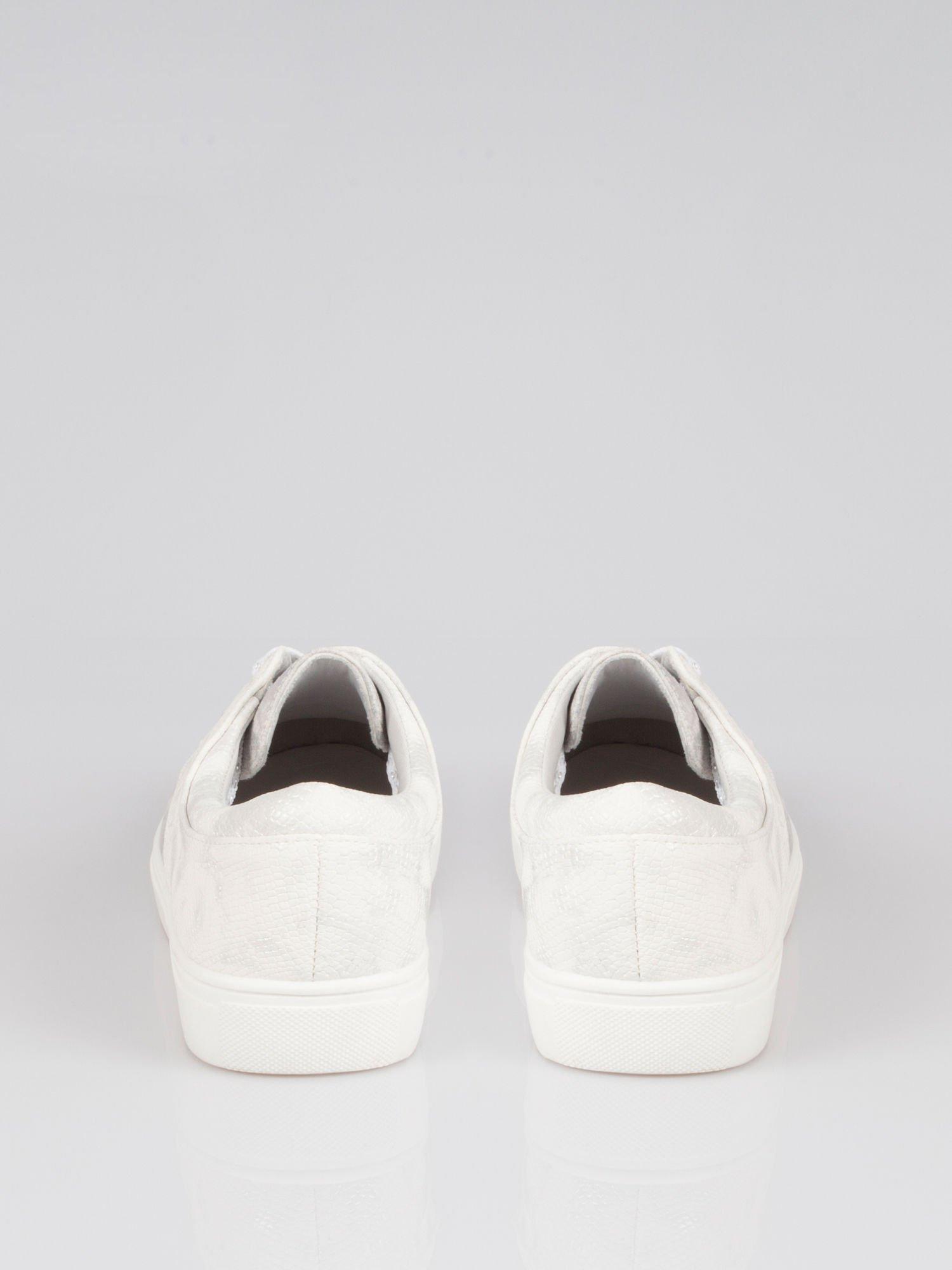 Białe buty sportowe z szarym wykończeniem Millie                                  zdj.                                  3