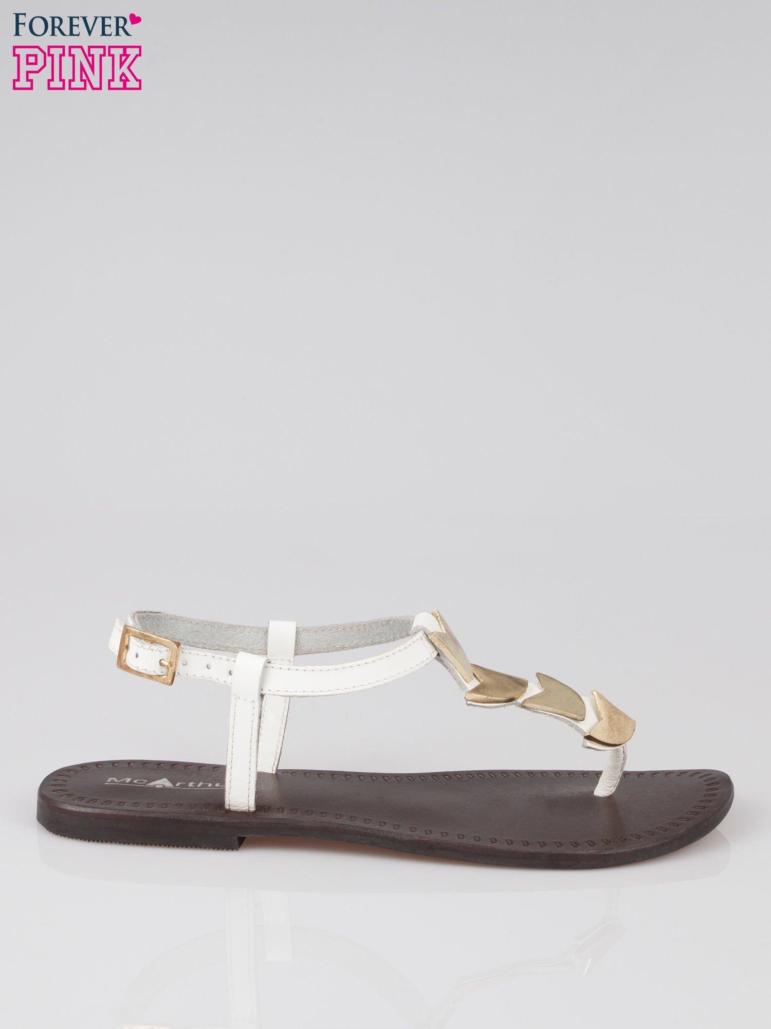 c7c4bbae6a812b Białe skórzane sandały japonki ze złotą aplikacją Magic - Buty ...