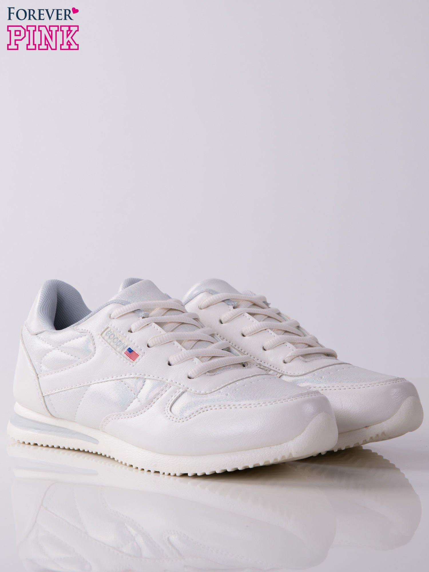 Białoperłowe buty sportowe combined Baron na miękkiej