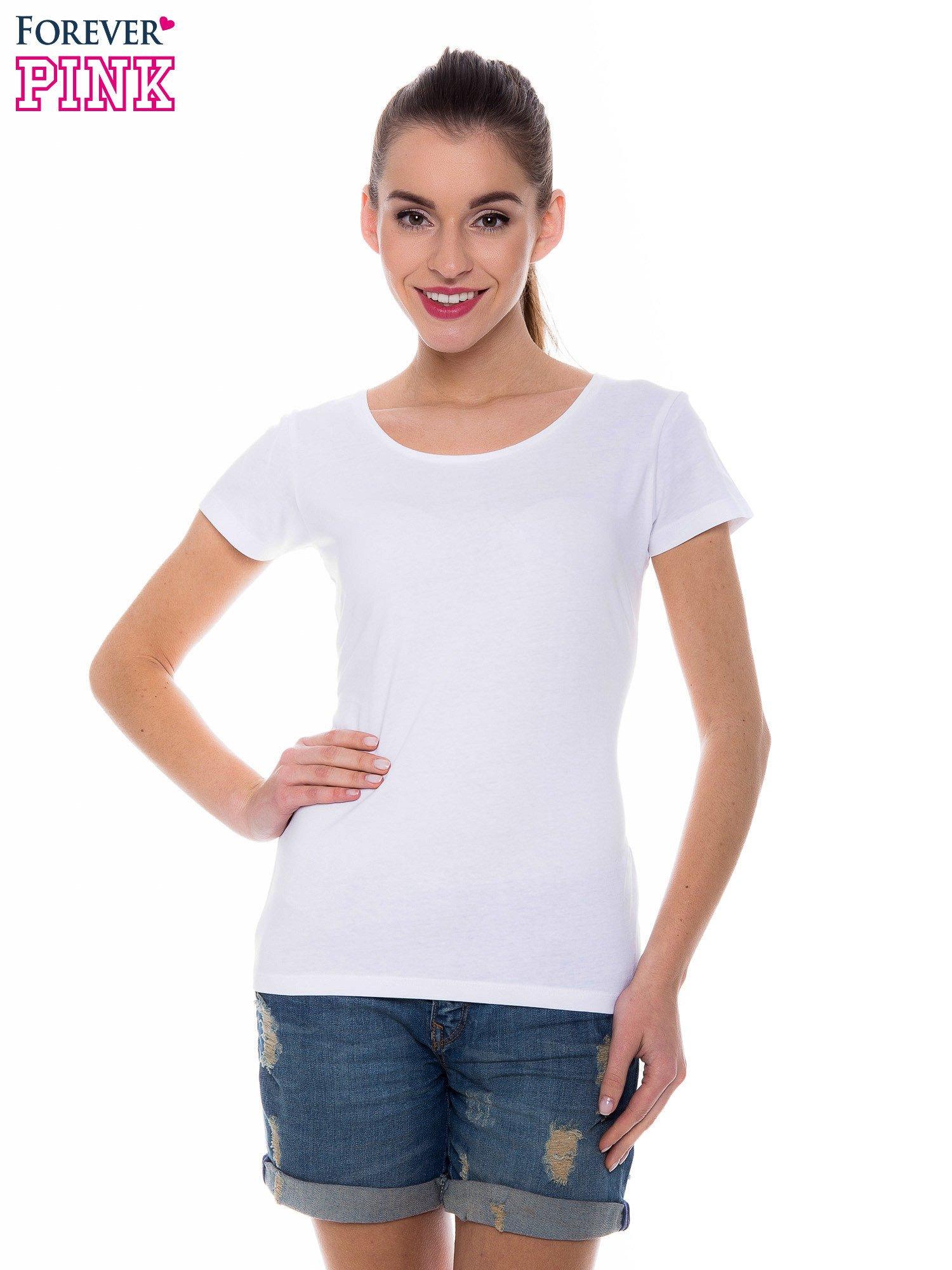 Biały basicowy t-shirt z okrągłym dekoltem                                  zdj.                                  1