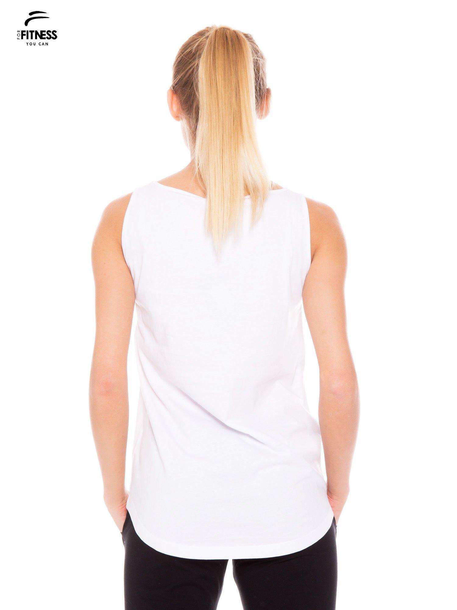 Biały bawełniany top z nadrukiem zdobionym dżetami                                  zdj.                                  4