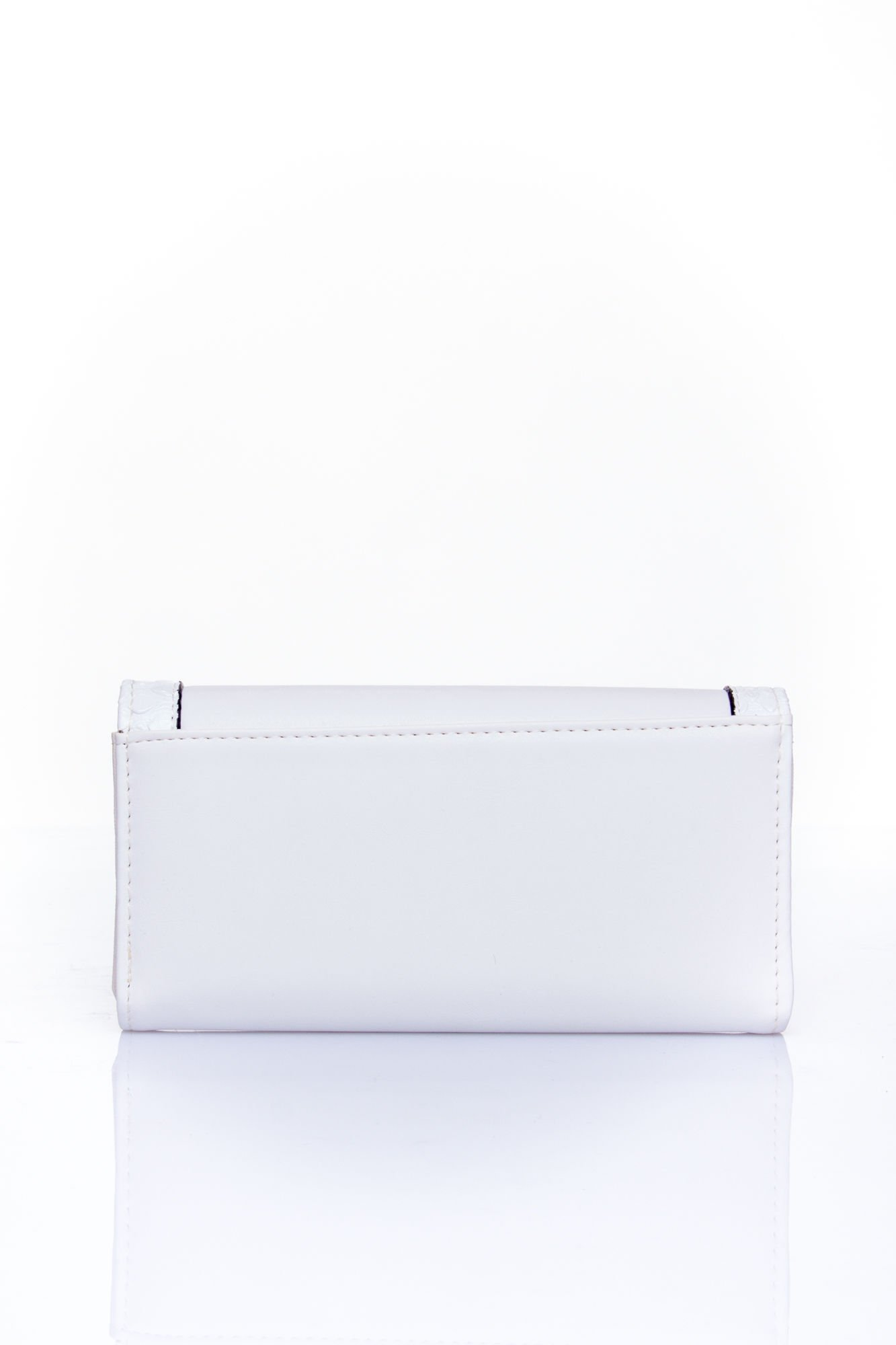 Biały portfel z motywem skóry aligatora                                  zdj.                                  2