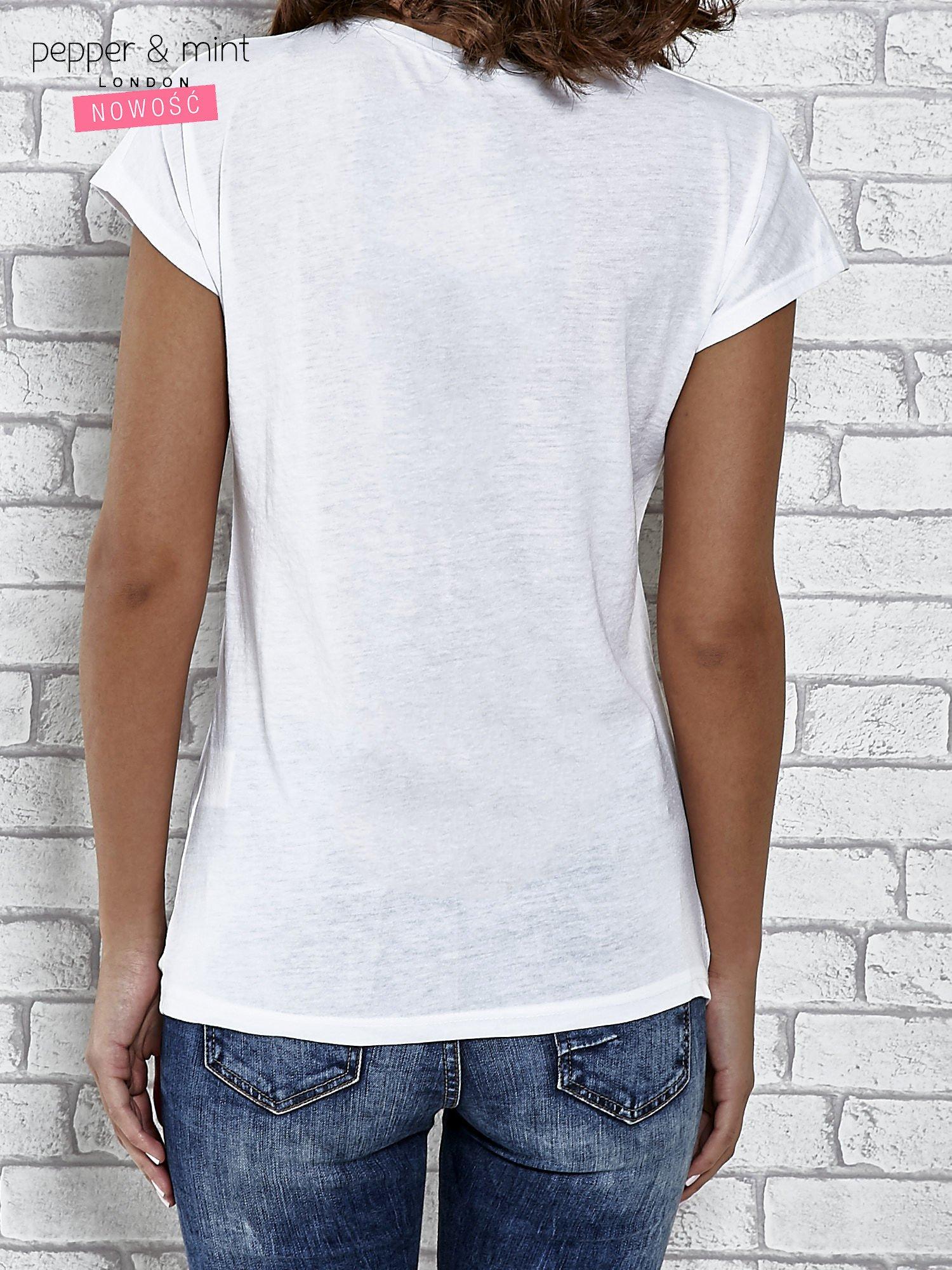 Biały t-shirt damski z napisem WHITE                                  zdj.                                  4