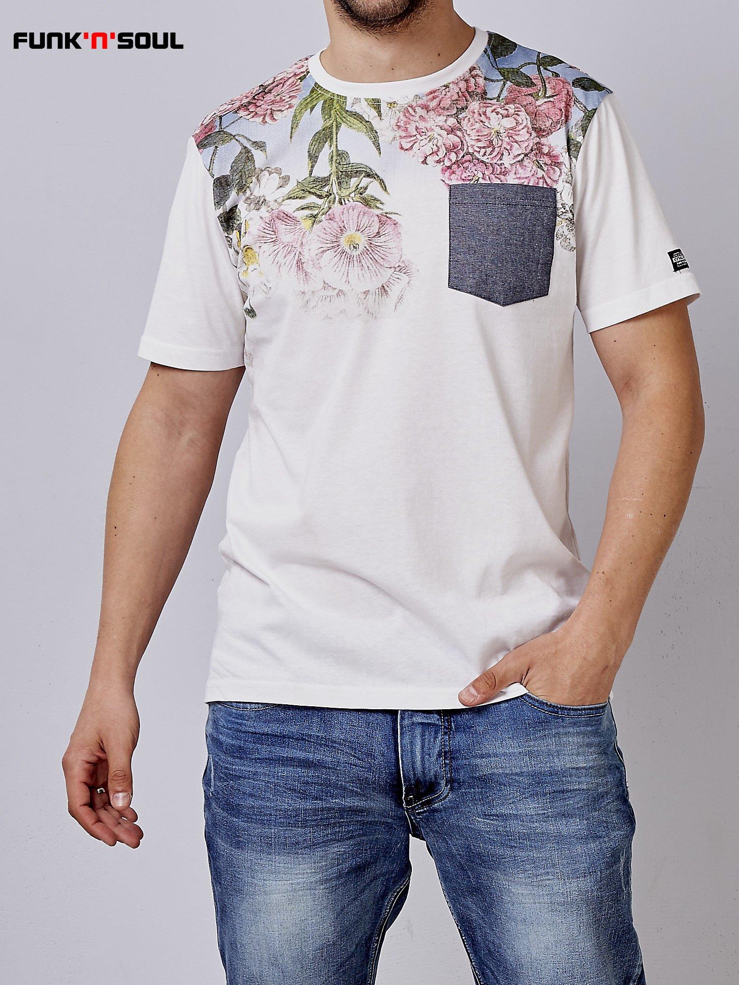 Biały t-shirt męski hipster w kwiaty Funk n Soul                                  zdj.                                  1