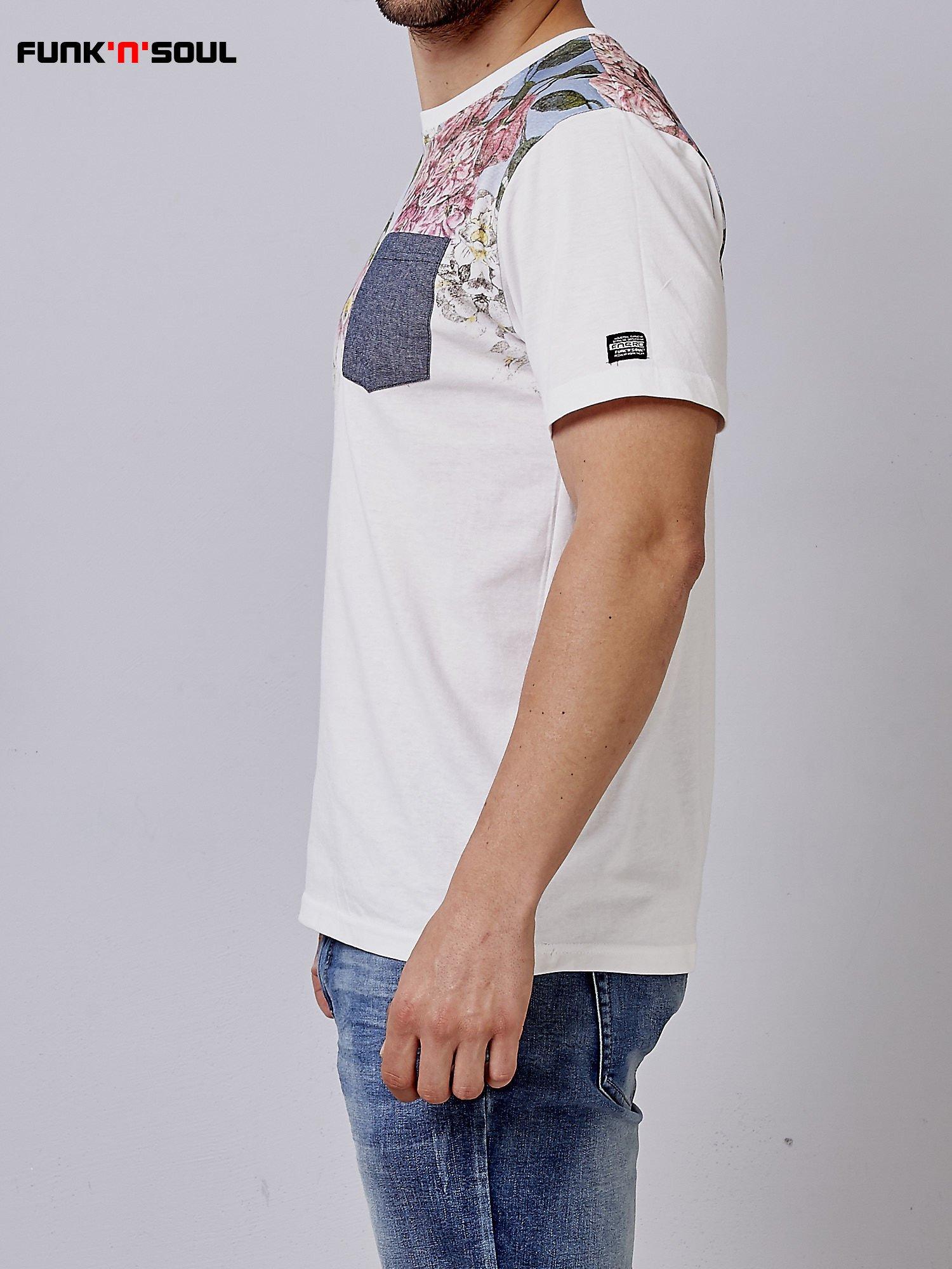 Biały t-shirt męski hipster w kwiaty Funk n Soul                                  zdj.                                  2