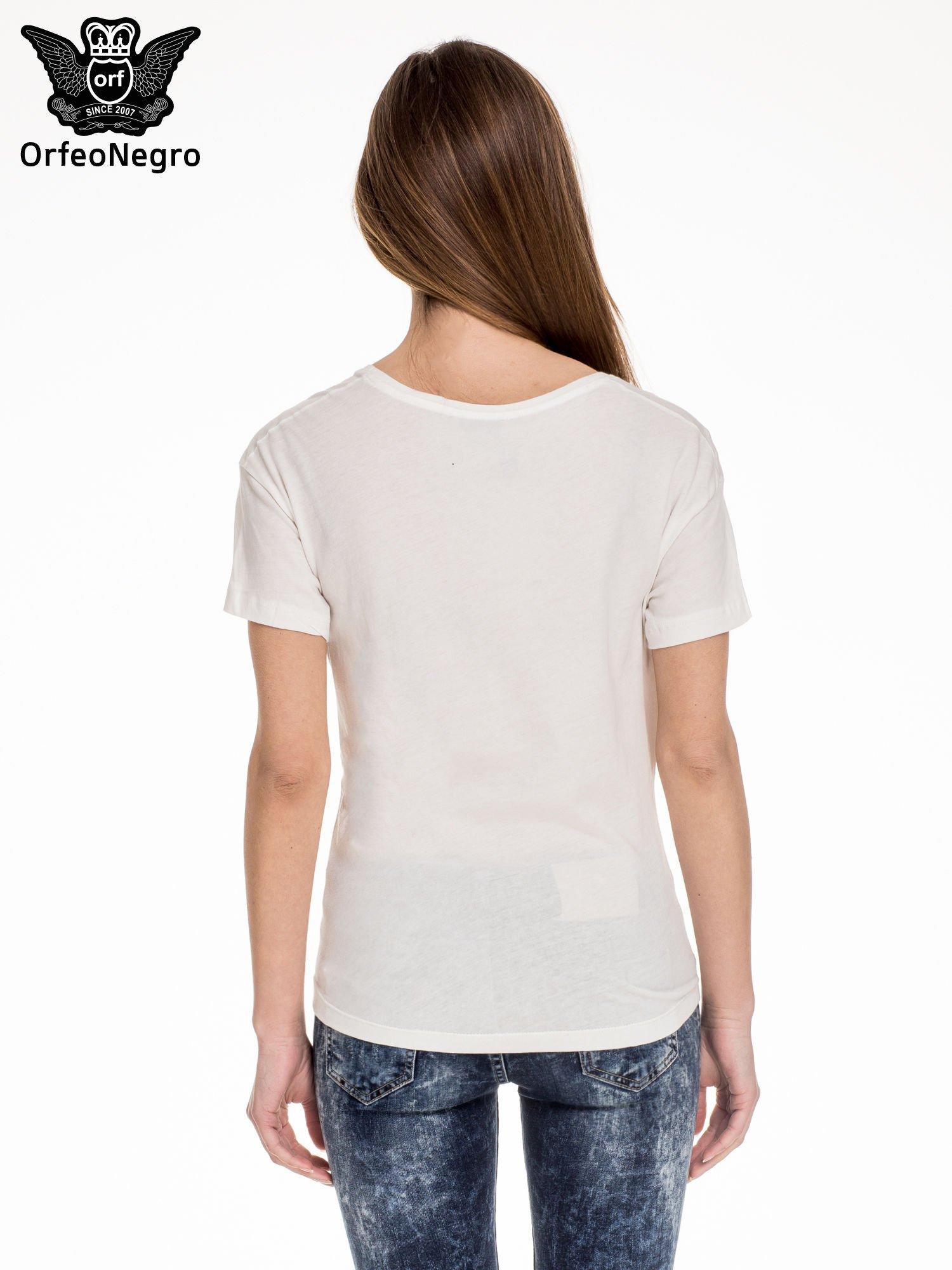 Biały t-shirt z napisem MADEMOISELLE                                  zdj.                                  4