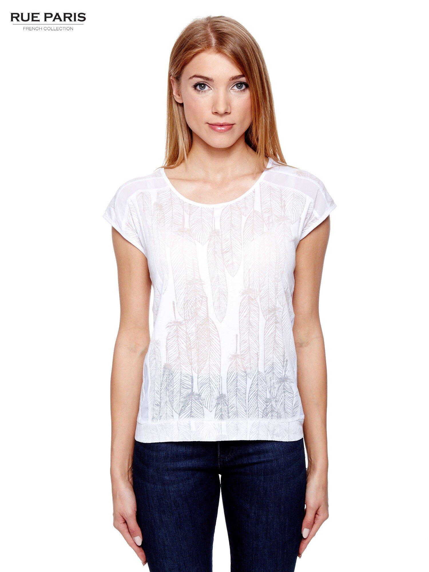 Biały t-shirt z transparentnym nadrukiem piór                                  zdj.                                  1