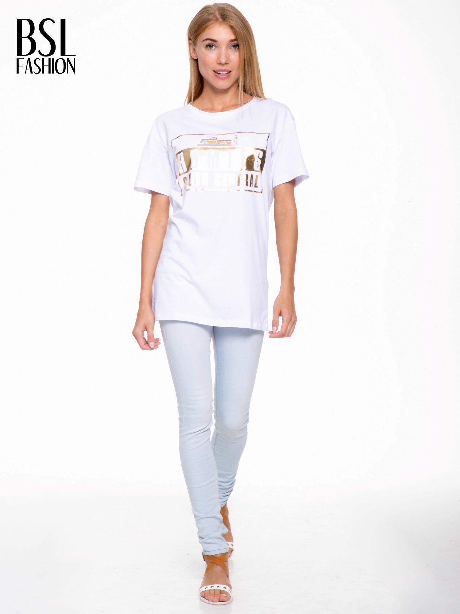 Biały t-shirt ze złotym nadrukiem HOMIES SOUTH CENTRAL                                  zdj.                                  5