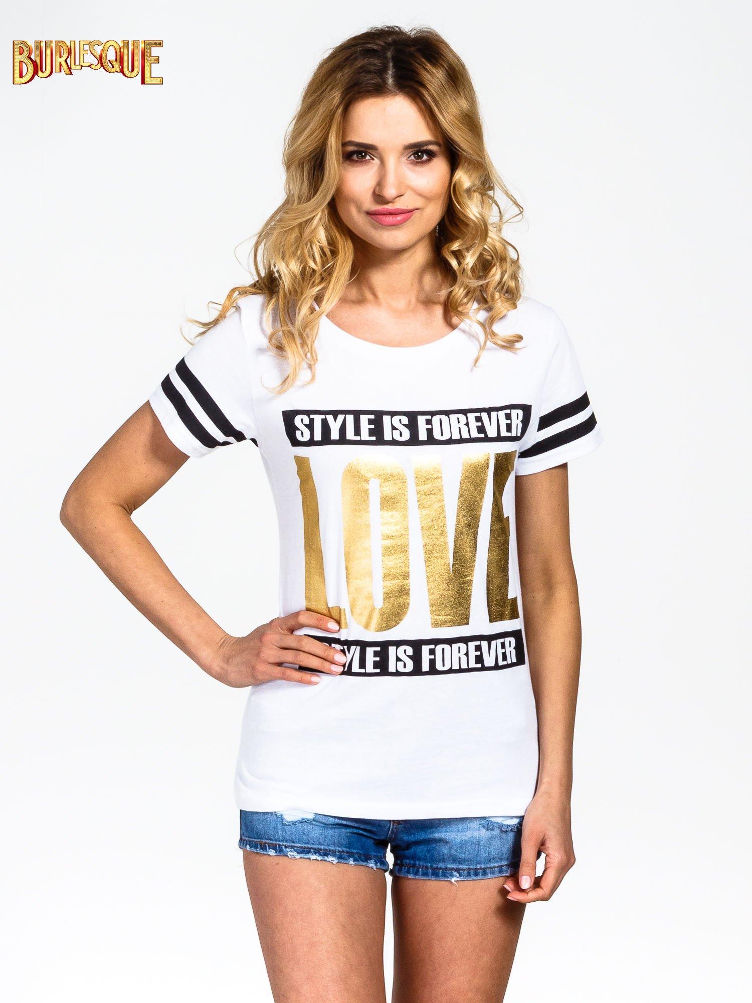 Biały t-shirt ze złotym napisem LOVE                                  zdj.                                  1