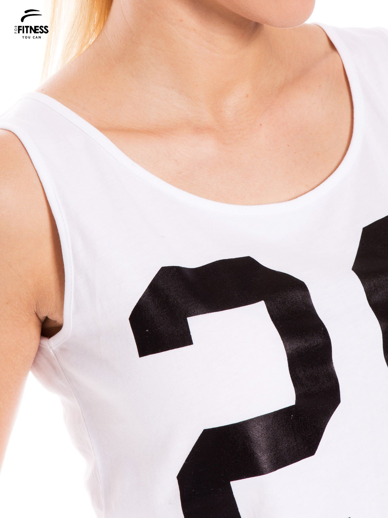Biały top damski z numerem                                  zdj.                                  5