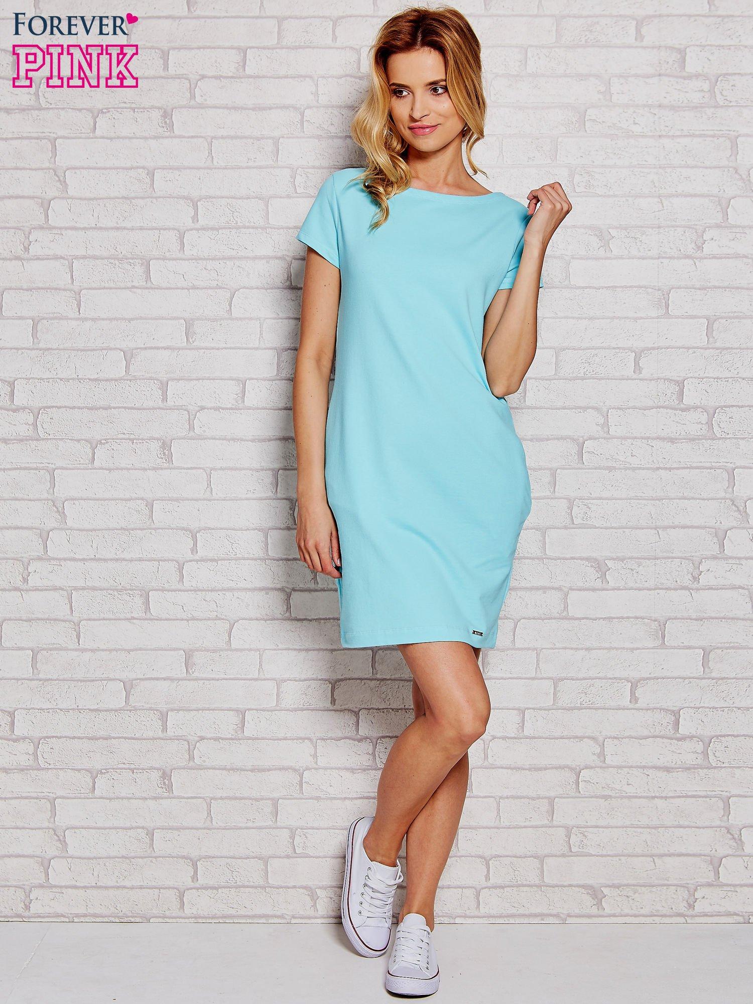 2124821a46a313 Błękitna sukienka dresowa z kieszeniami - Sukienka na co dzień ...