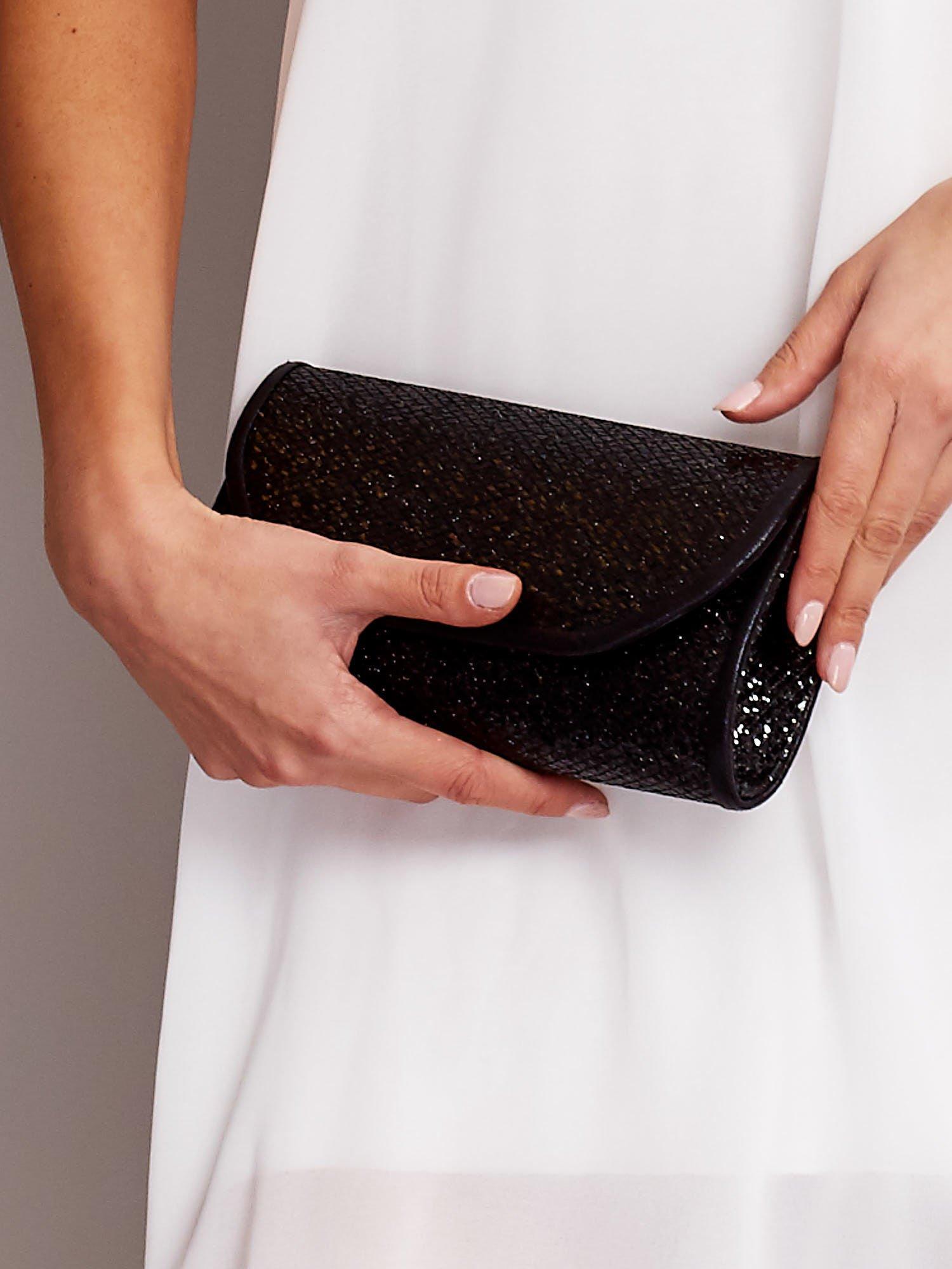 d24d611d0b396 Błyszcząca kopertówka z cekinami czarna - Akcesoria torba - sklep ...