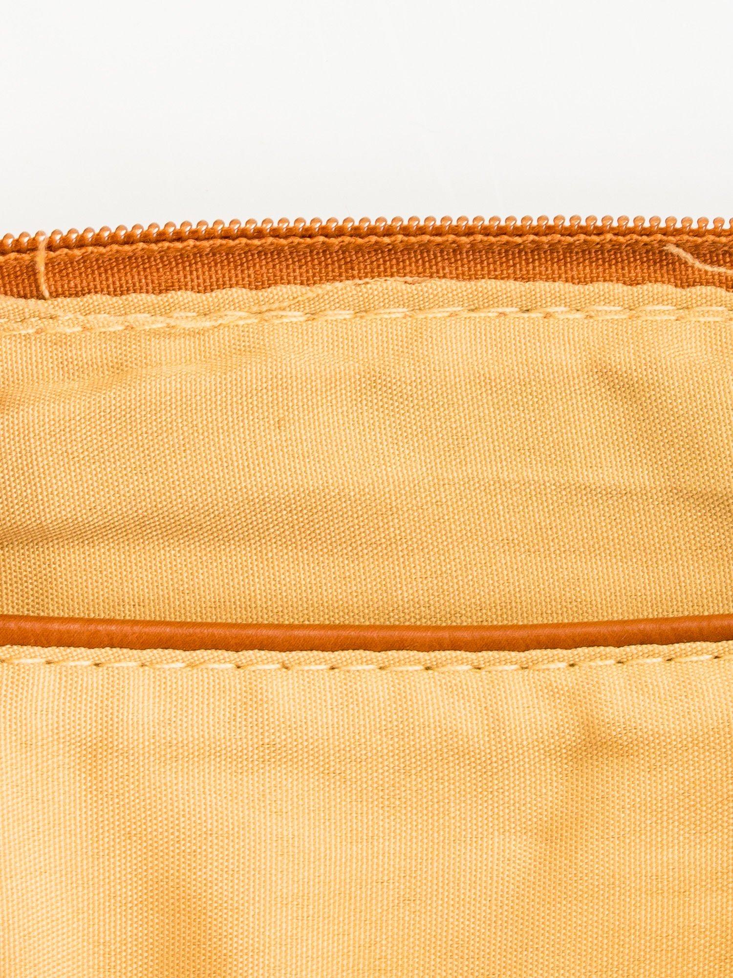 Brązowa kopertówka z dżetami motyw wąsów                                  zdj.                                  7