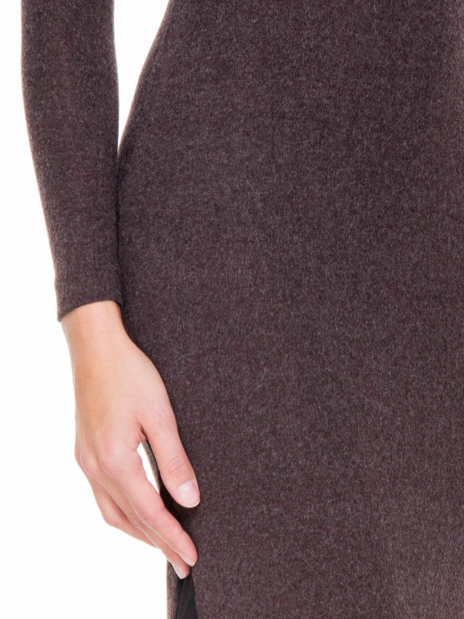 Brązowa maxi sukienka z asymetryczną wstawką na dole z tiulu                                  zdj.                                  10