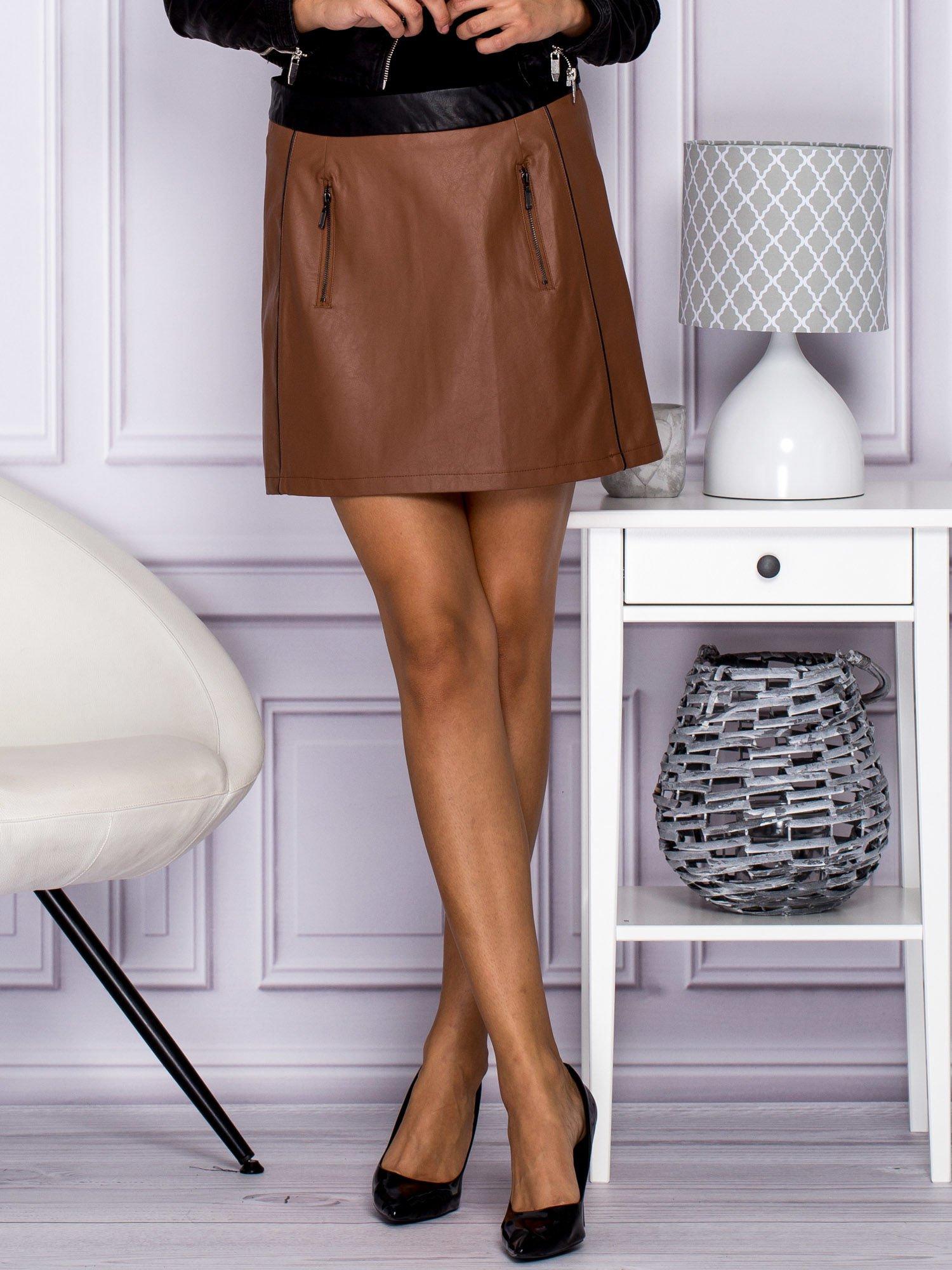 Brązowa skórzana spódnica mini z kieszeniami                                  zdj.                                  9