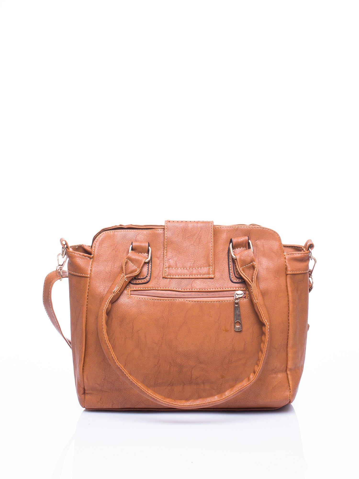 Brązowa torba miejska z klapką                                  zdj.                                  2