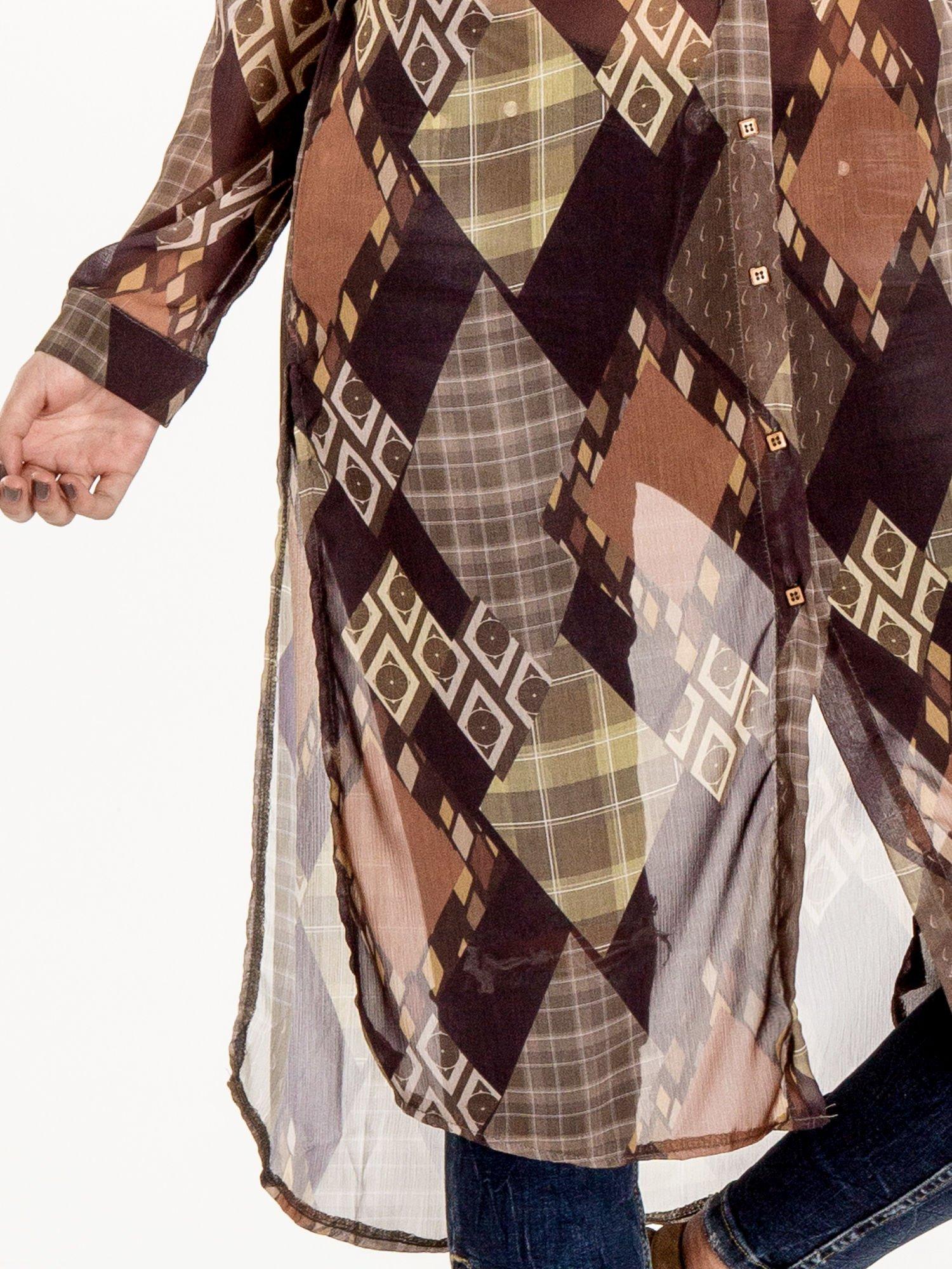 Brązowo-pomarańczowa długa koszula mgiełka w patchworkowy print                                  zdj.                                  5