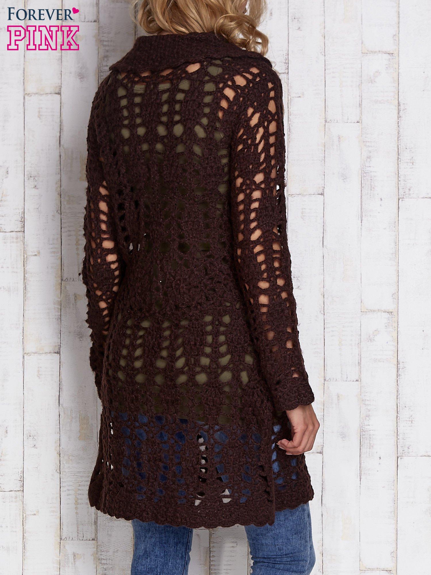 Brązowy długi sweter na guziki                                  zdj.                                  2
