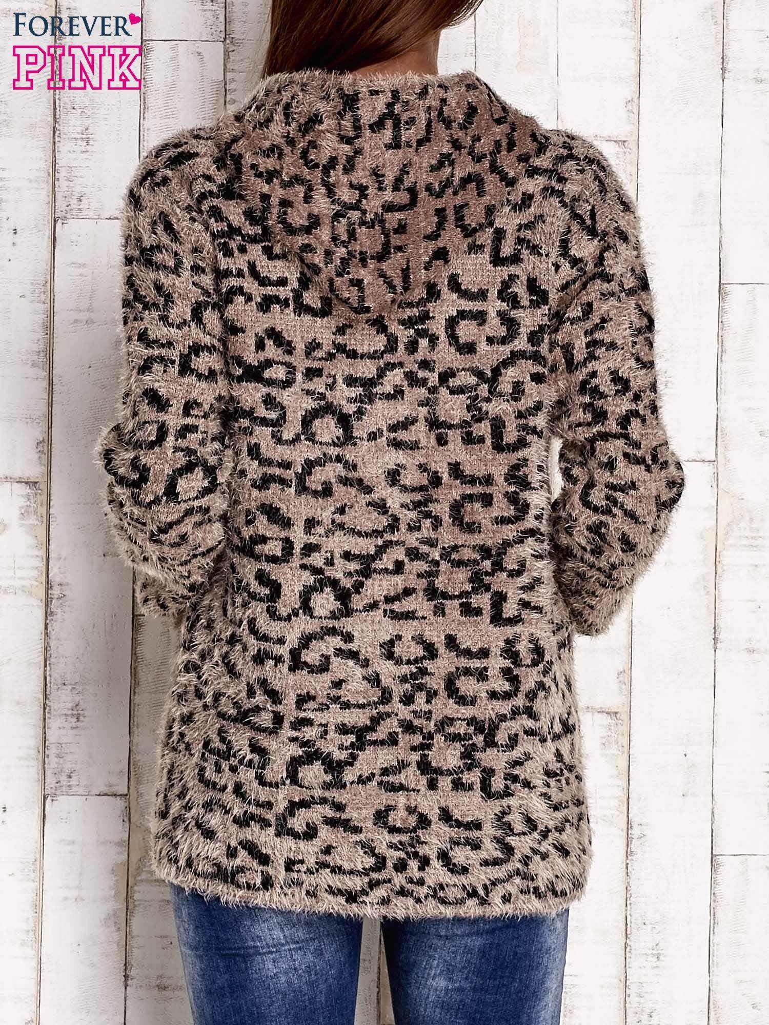 Brązowy sweter zapinany na suwak                                  zdj.                                  4