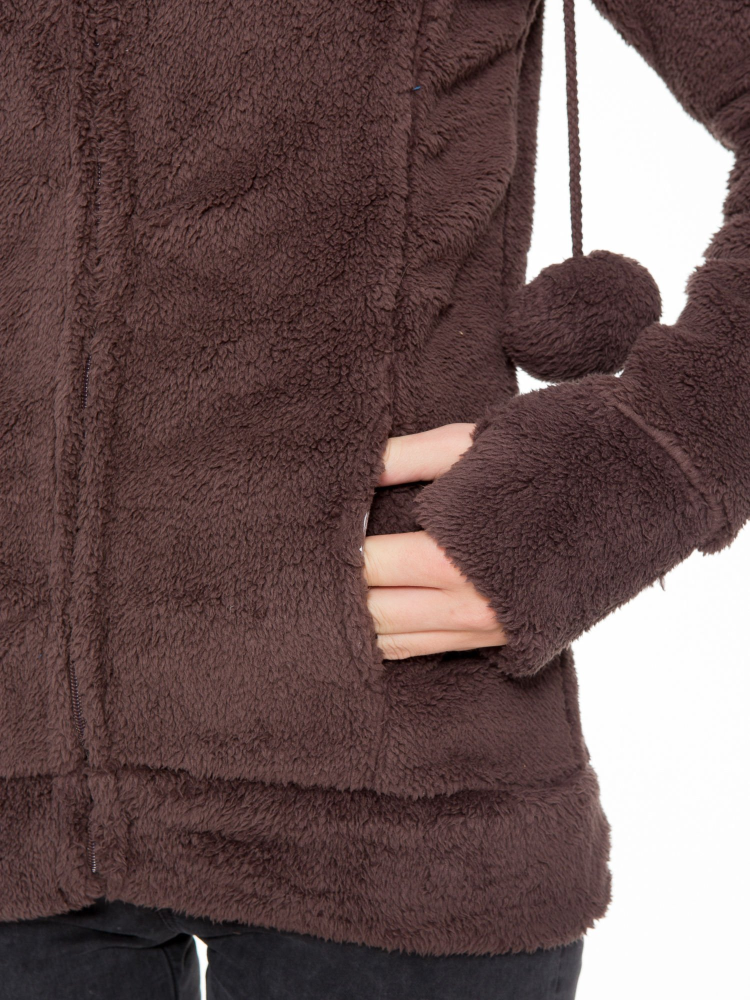 Ciemnobrązowa polarowa bluza miś z kapturem z uszkami i pomponami                                  zdj.                                  11