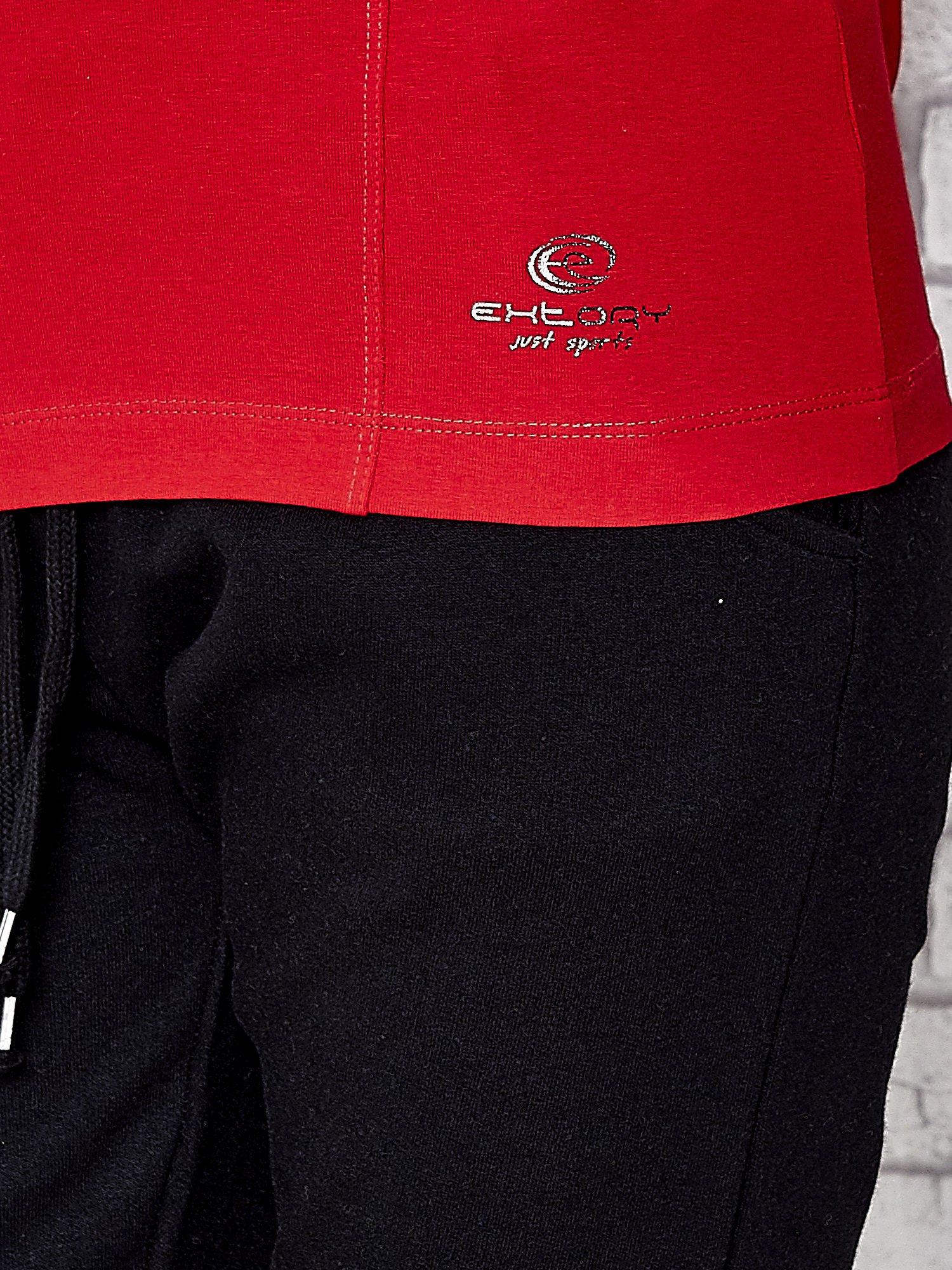 Ciemnoczerwona bluzka sportowa z dekoltem U                                  zdj.                                  6