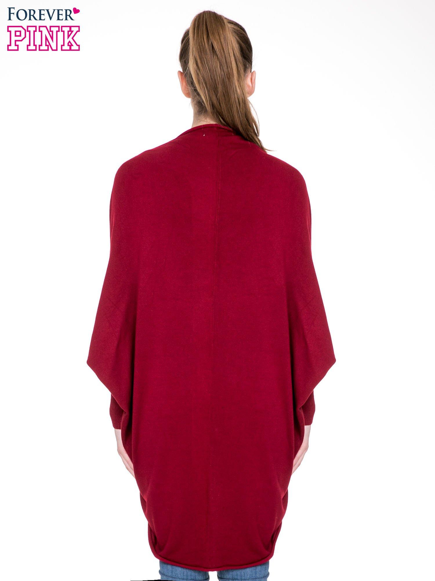 Ciemnoczerwony sweter narzutka z nietoperzowymi rękawami                                  zdj.                                  6