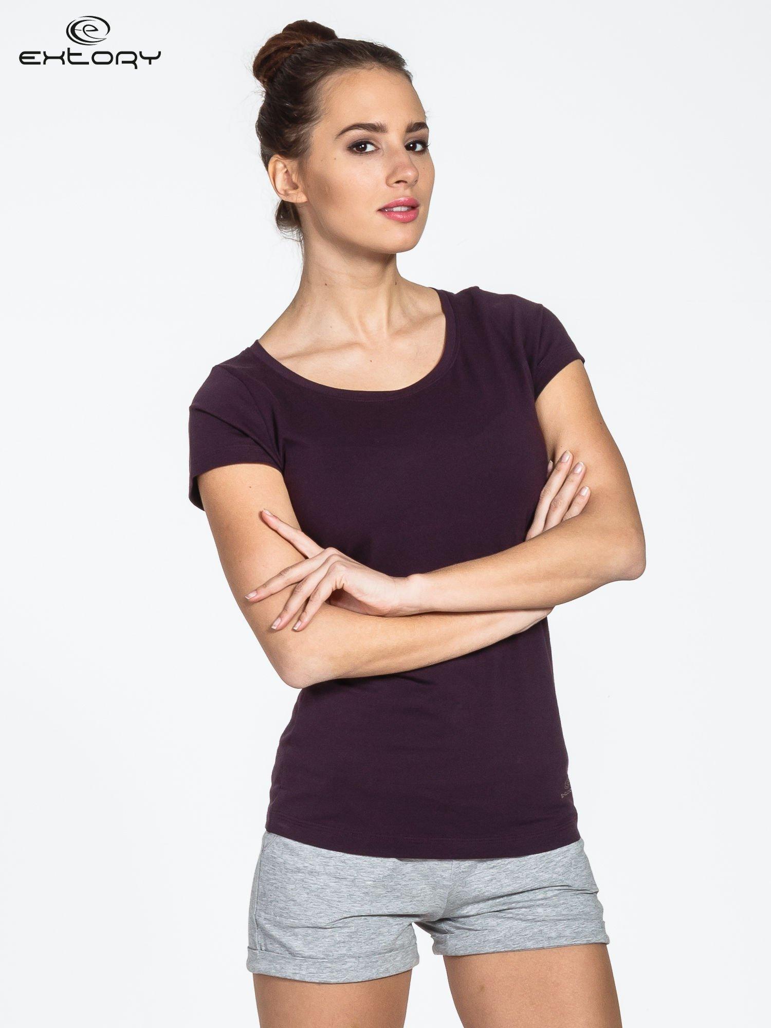 Ciemnofioletowy damski t-shirt sportowy basic PLUS SIZE                                  zdj.                                  1