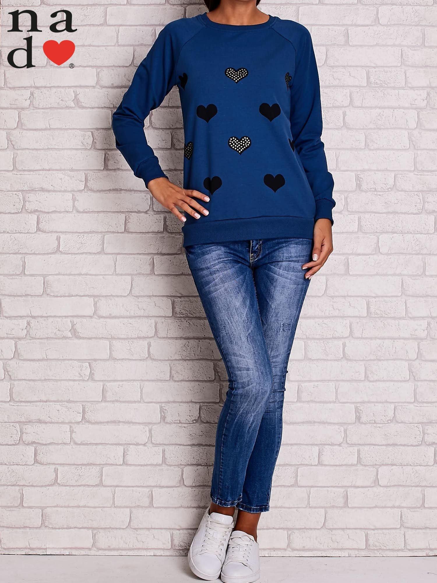 Ciemnoniebieska bluza z serduszkami                                  zdj.                                  2
