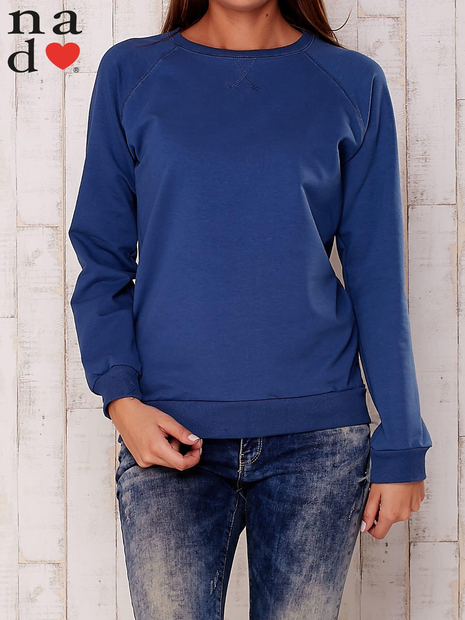 Ciemnoniebieska gładka bluza                                  zdj.                                  1