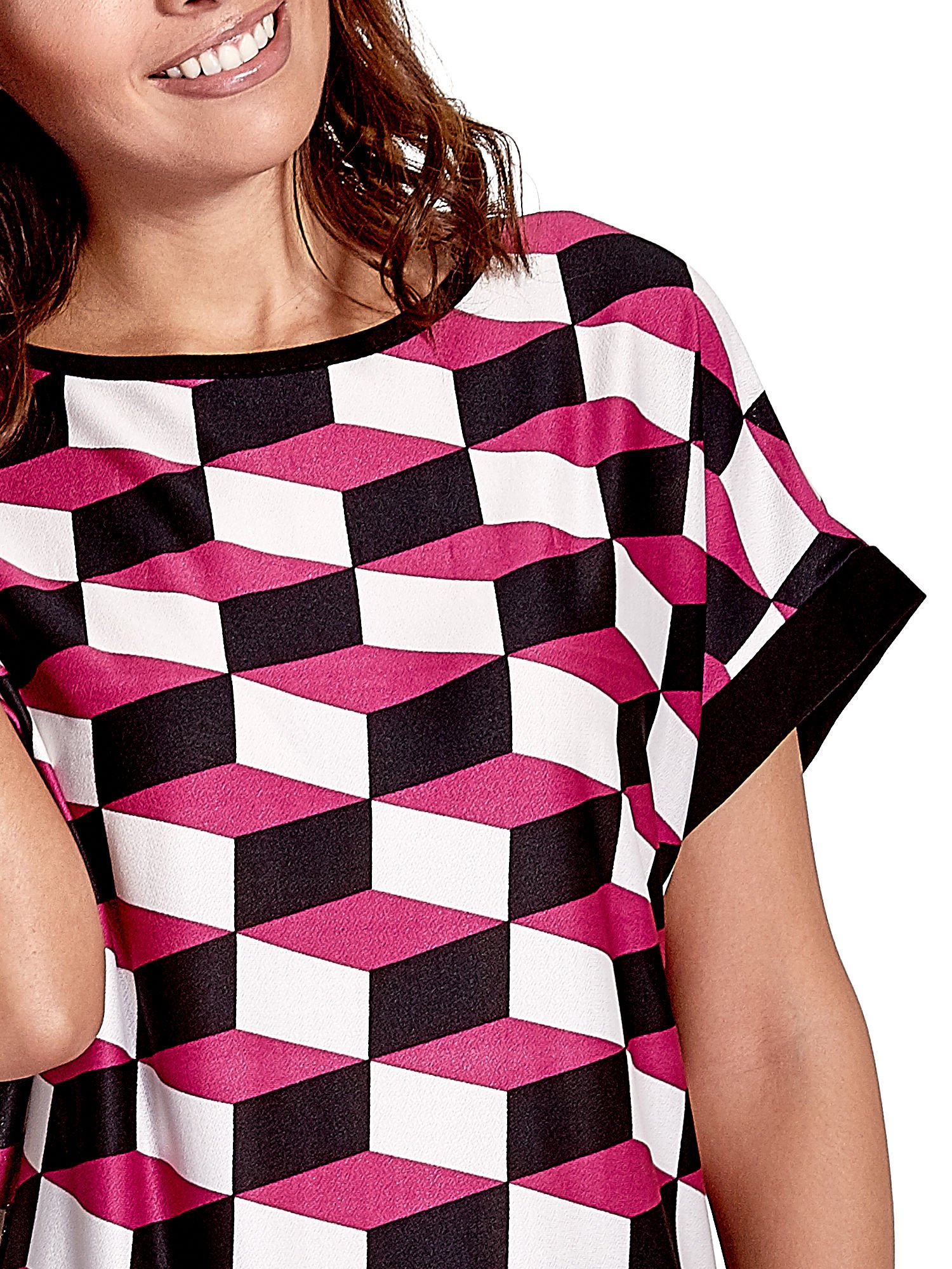 Ciemnoróżowa tunika w przestrzenne geometryczne wzory                                  zdj.                                  6