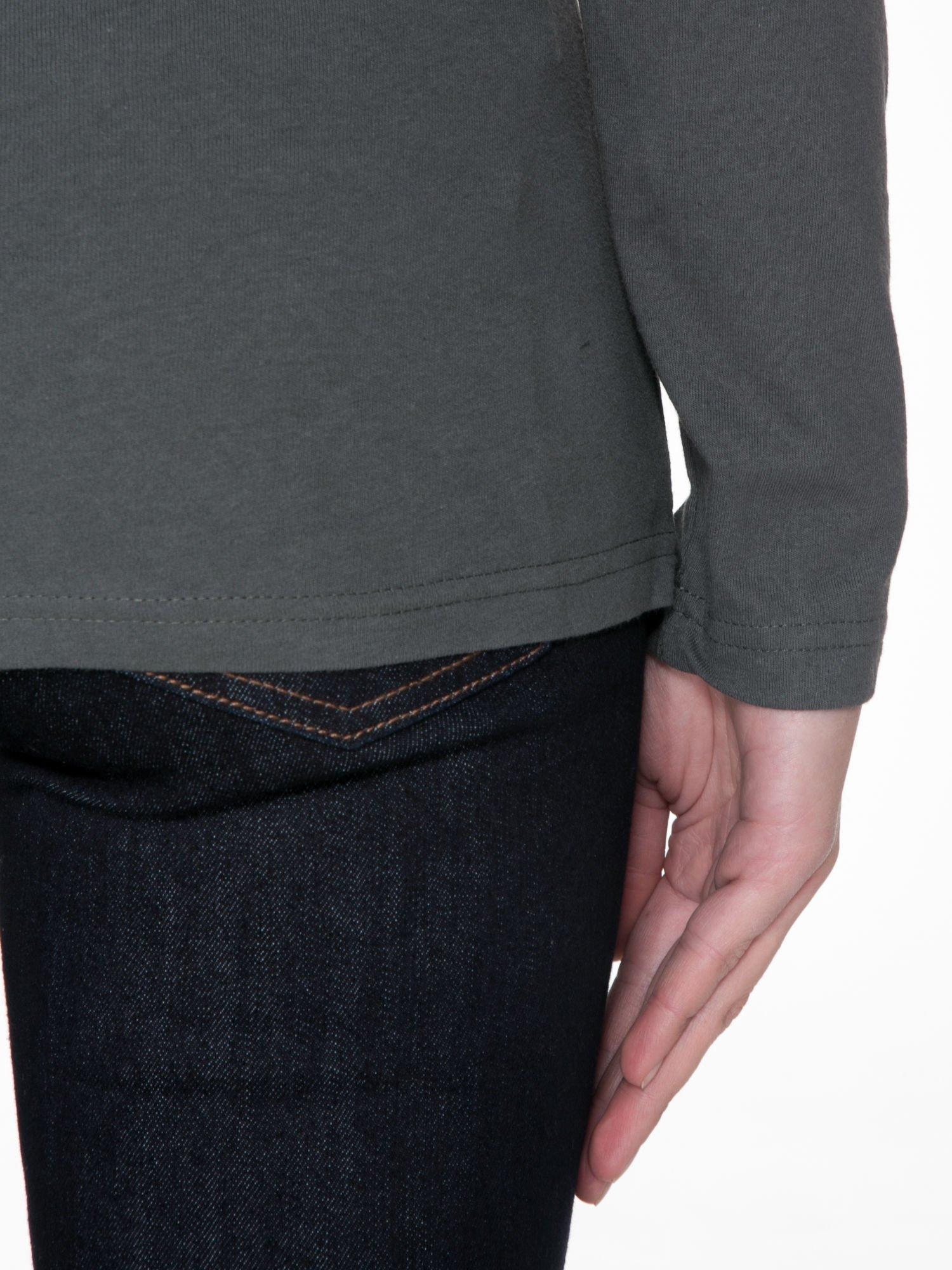 Ciemnoszara gładka bluzka z reglanowymi rękawami                                  zdj.                                  8