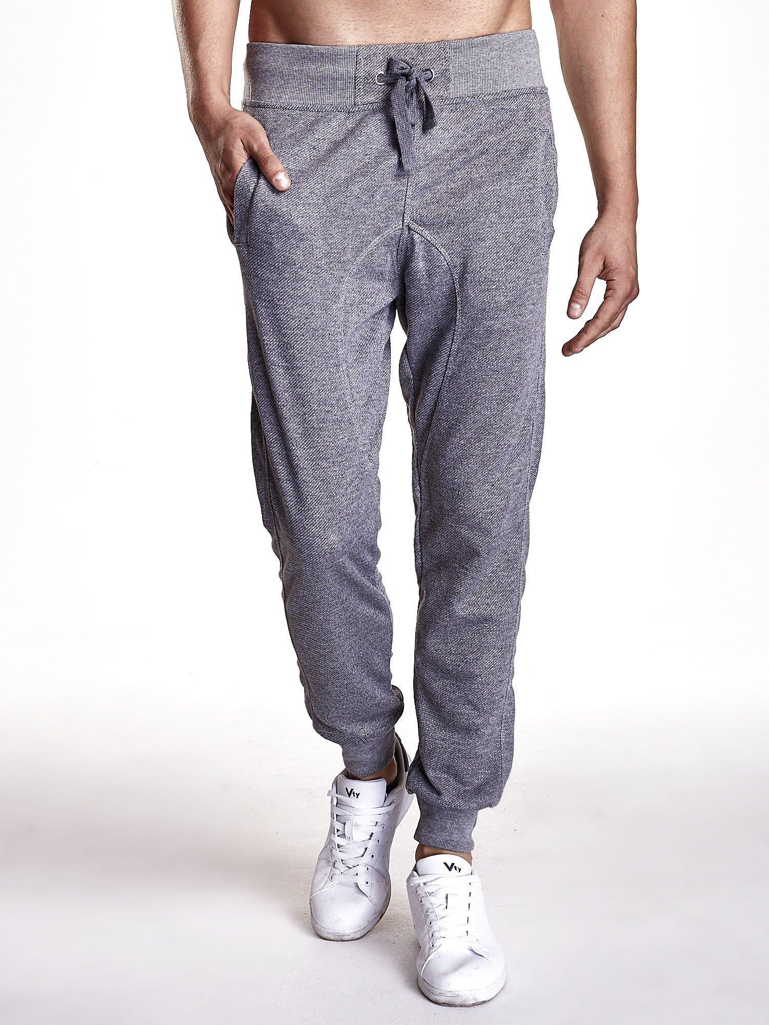 Ciemnoszare melanżowe spodnie męskie z trokami i kieszeniami                                  zdj.                                  1
