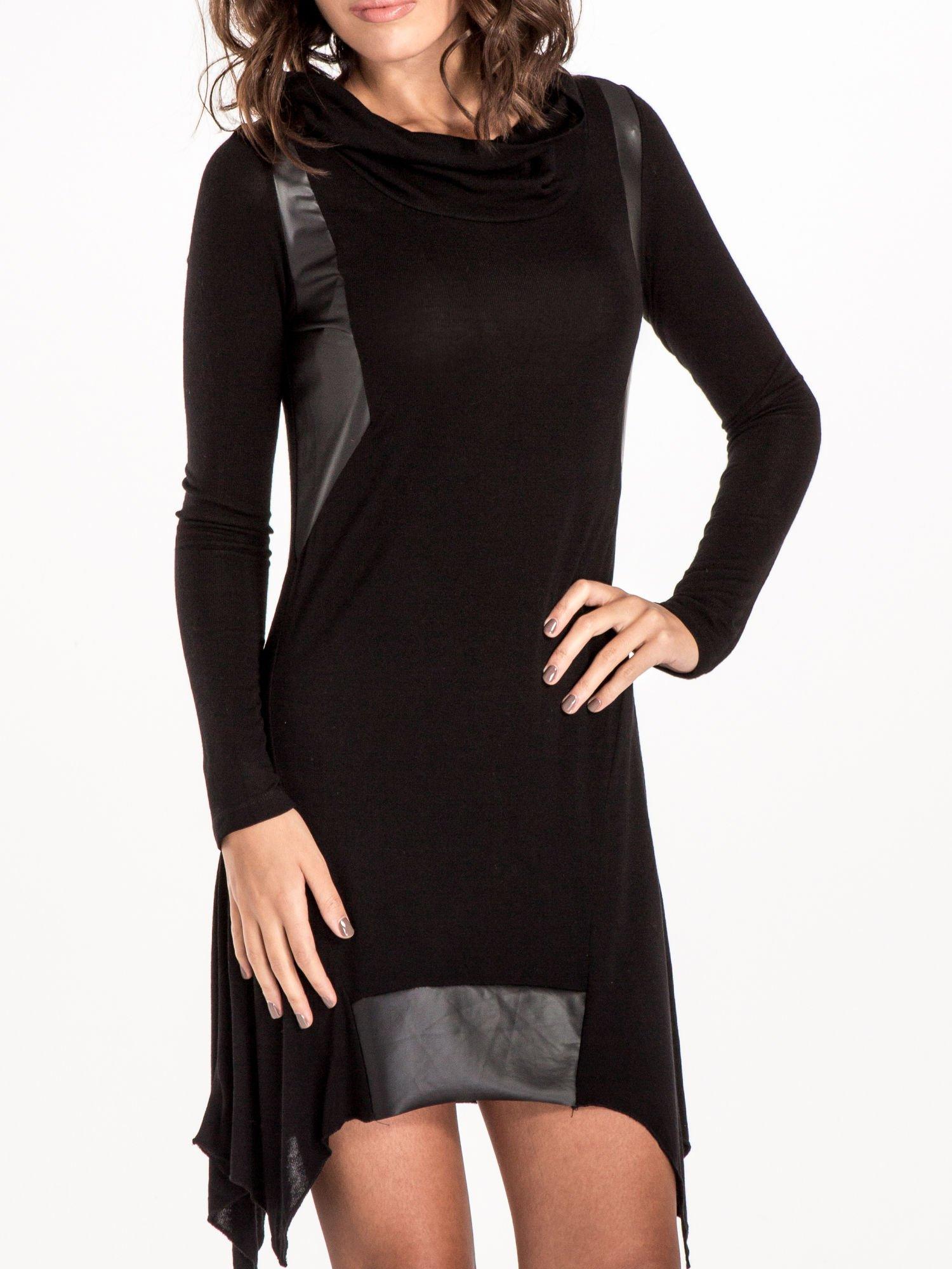 Czarna asymetryczna sukienka ze skórzanymi wstawkami                                  zdj.                                  4