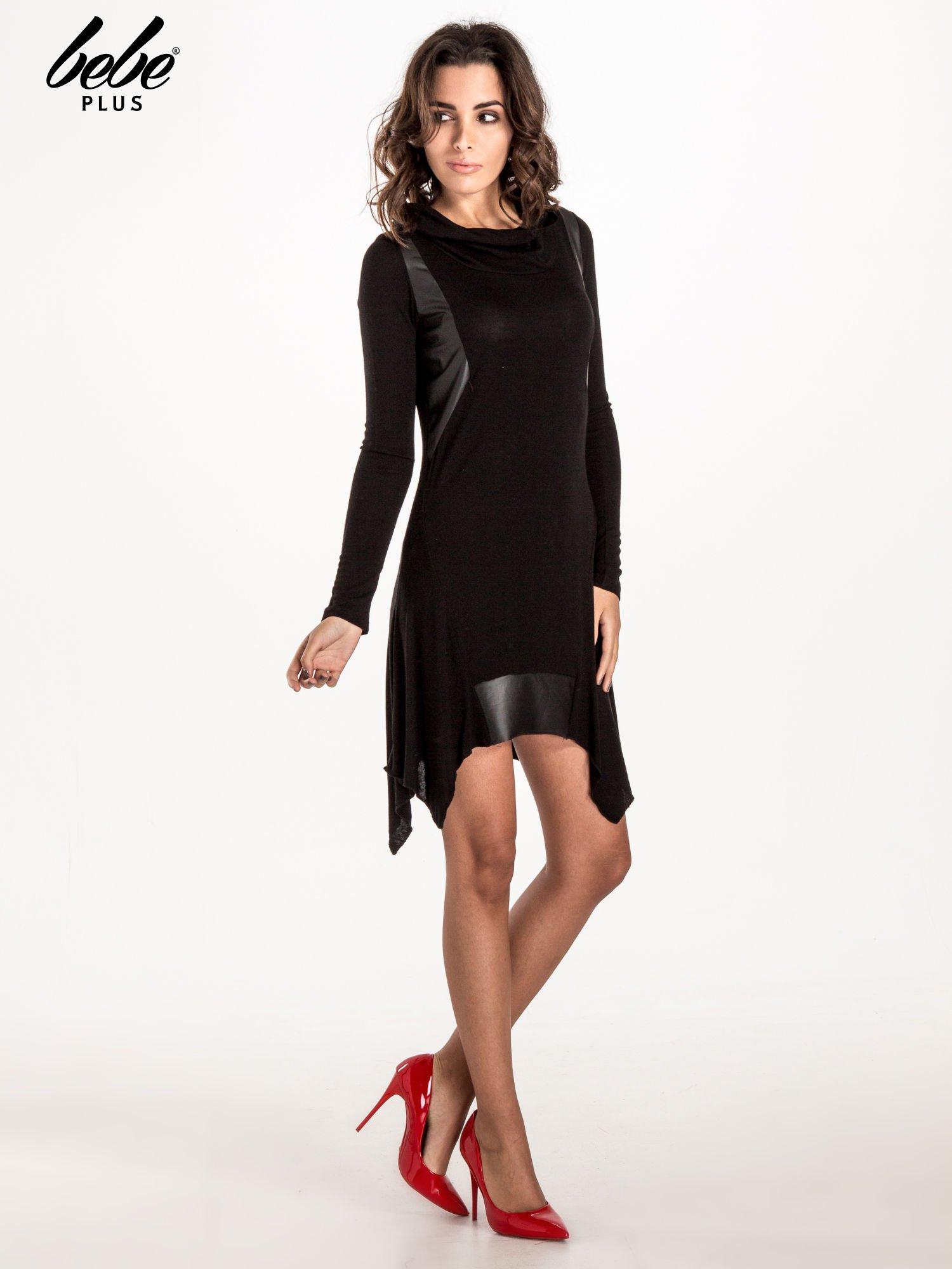 Czarna asymetryczna sukienka ze skórzanymi wstawkami                                  zdj.                                  6