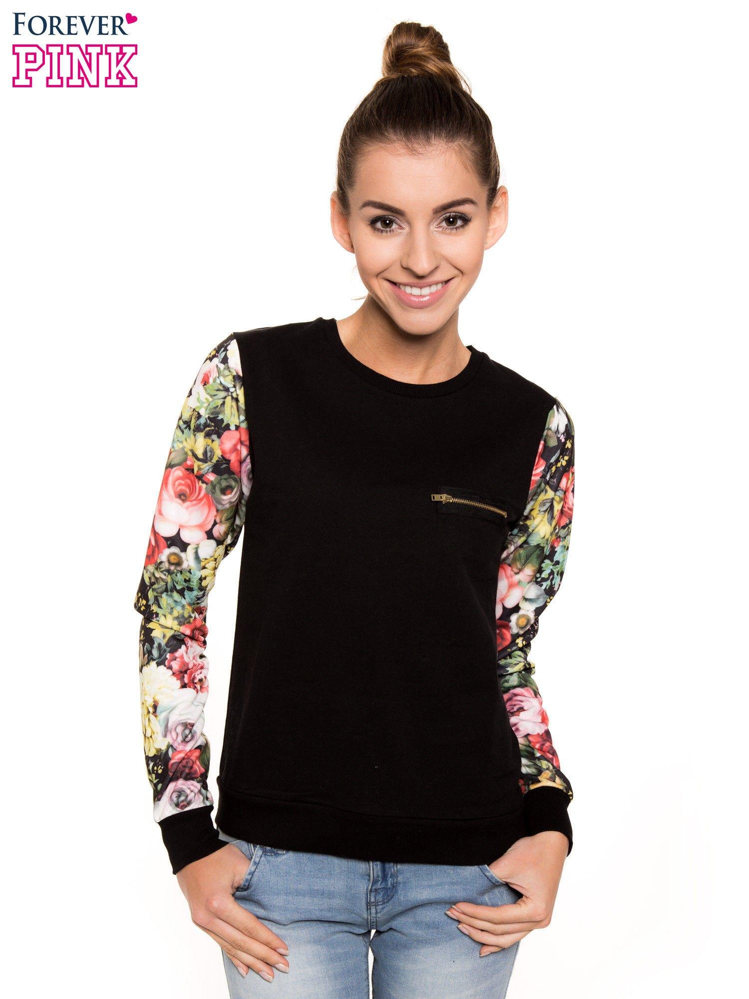 Czarna bluza dresowa z rękawami w motyw kwiatowy                                  zdj.                                  1