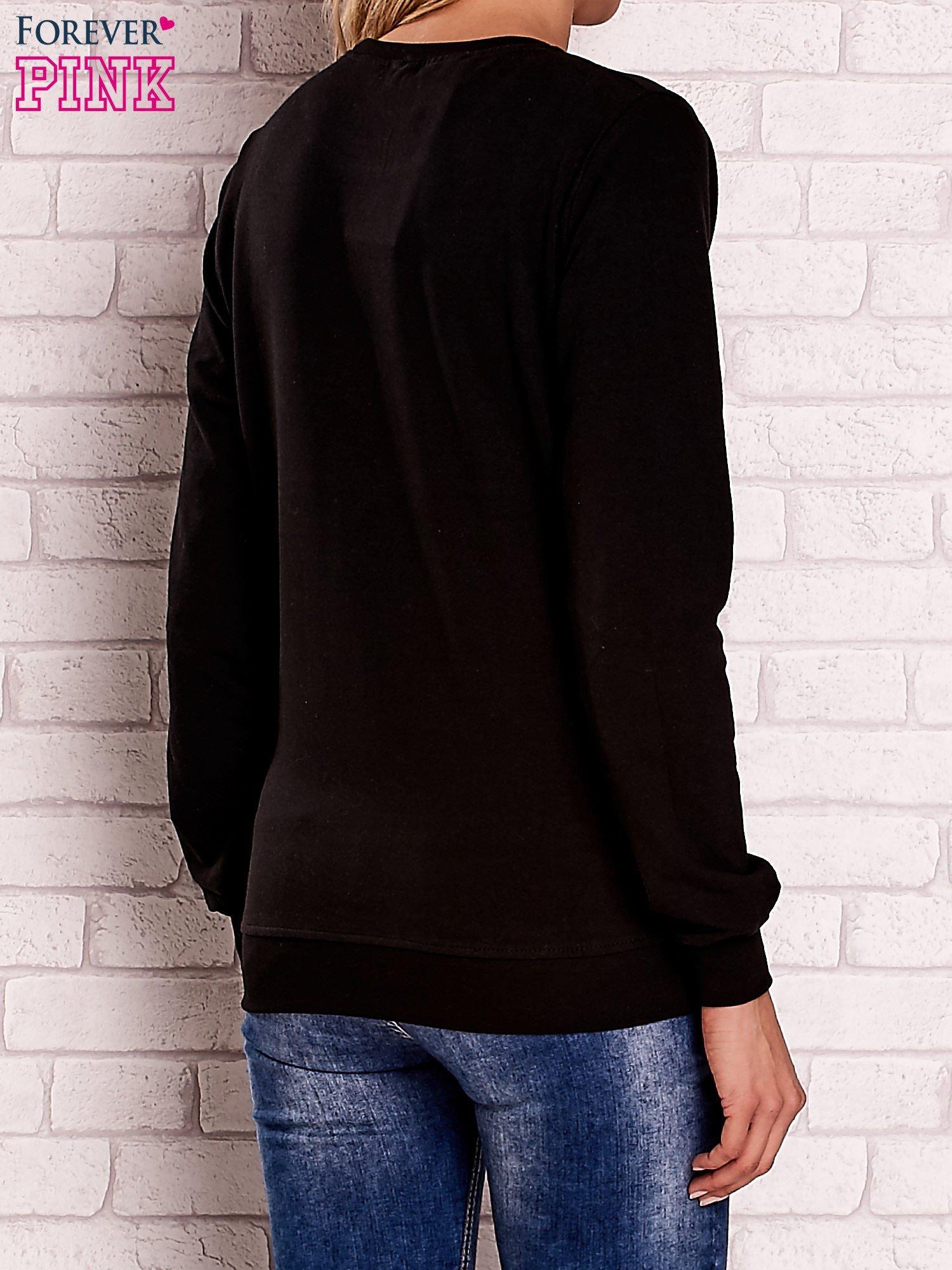 Czarna bluza z nadrukiem łapacza snów                                  zdj.                                  4
