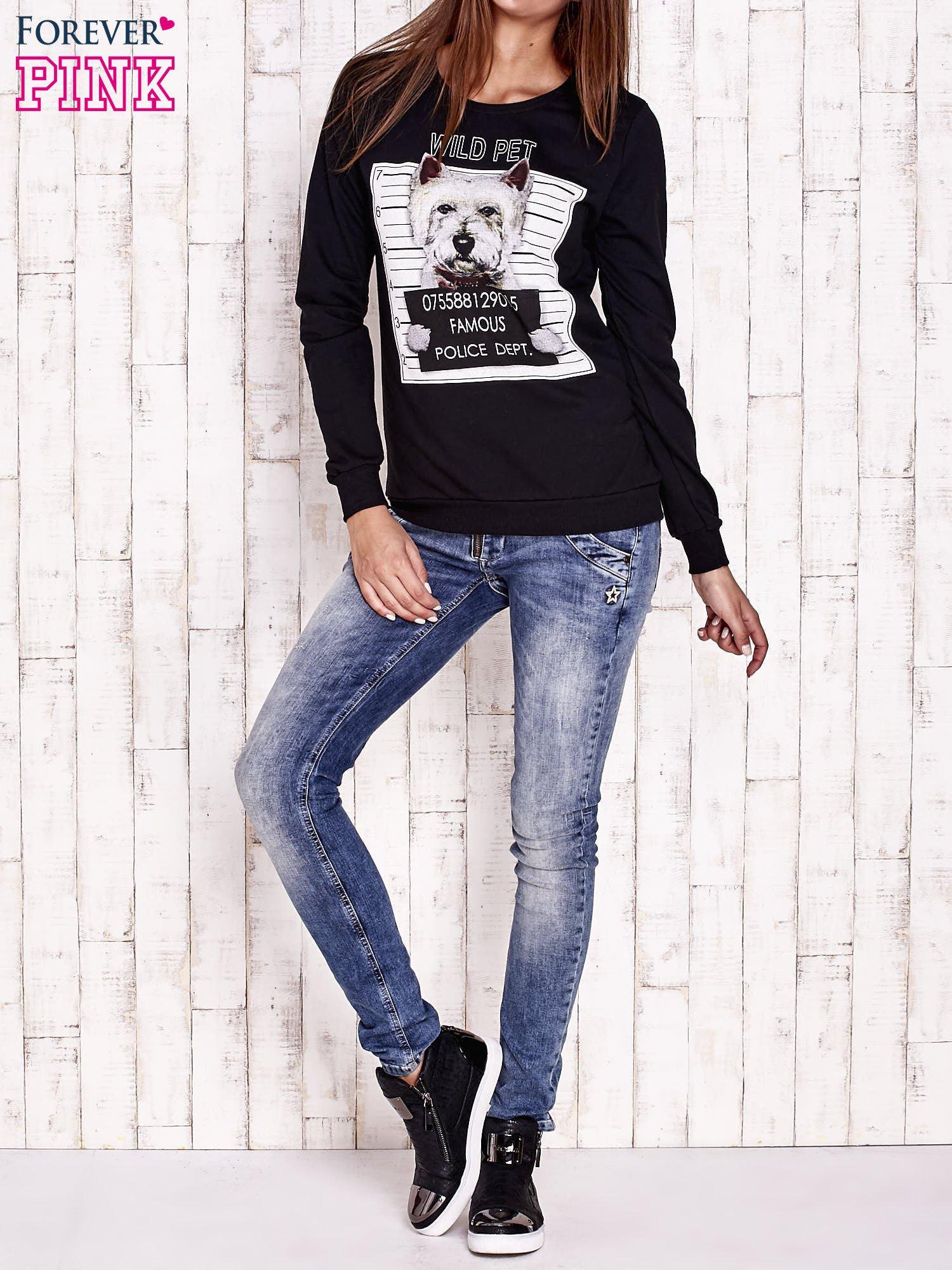 Czarna bluza z nadrukiem psa                                  zdj.                                  2