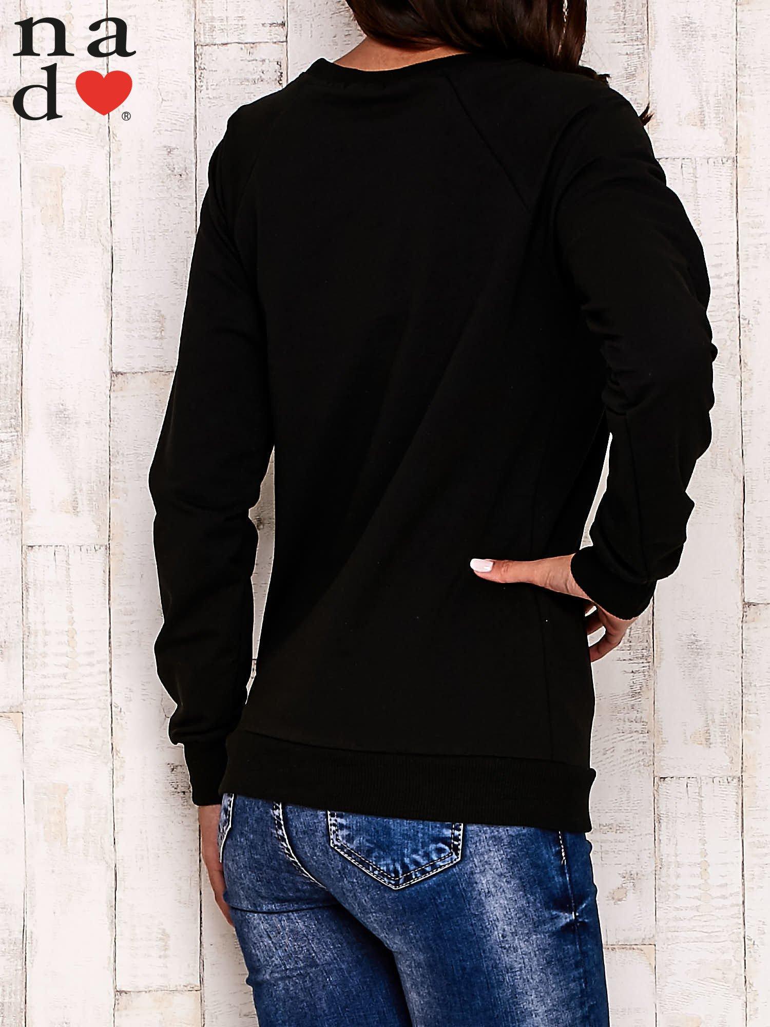 Czarna bluza z napisem BAD GIRL                                  zdj.                                  5