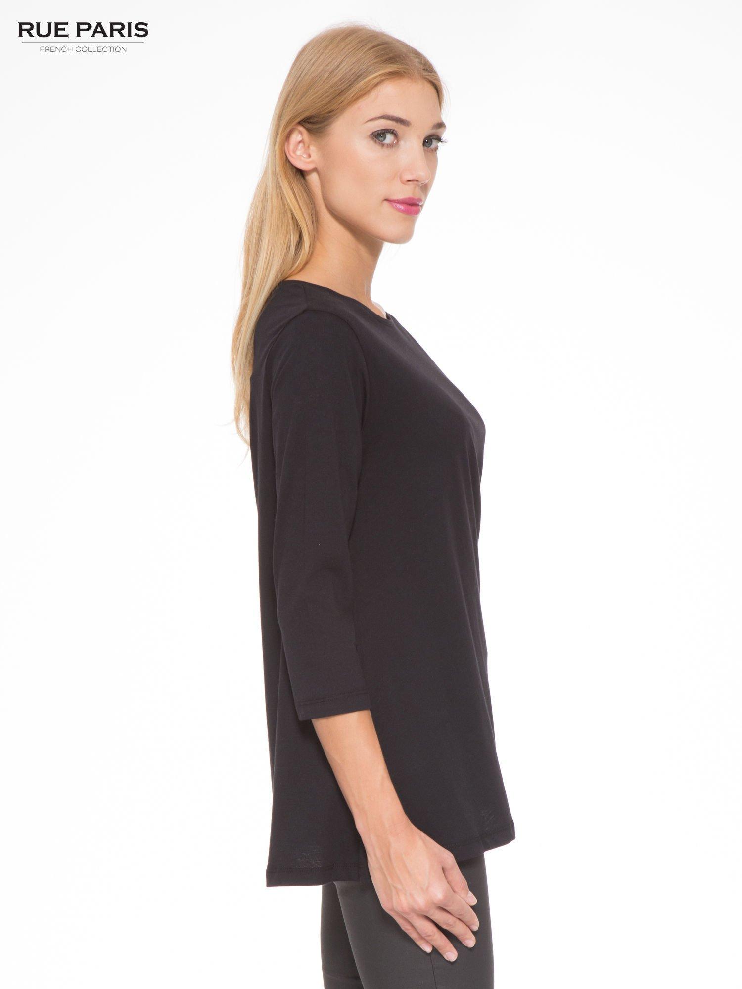 Czarna bluzka o rozkloszowanym kroju z rękawem 3/4                                  zdj.                                  3